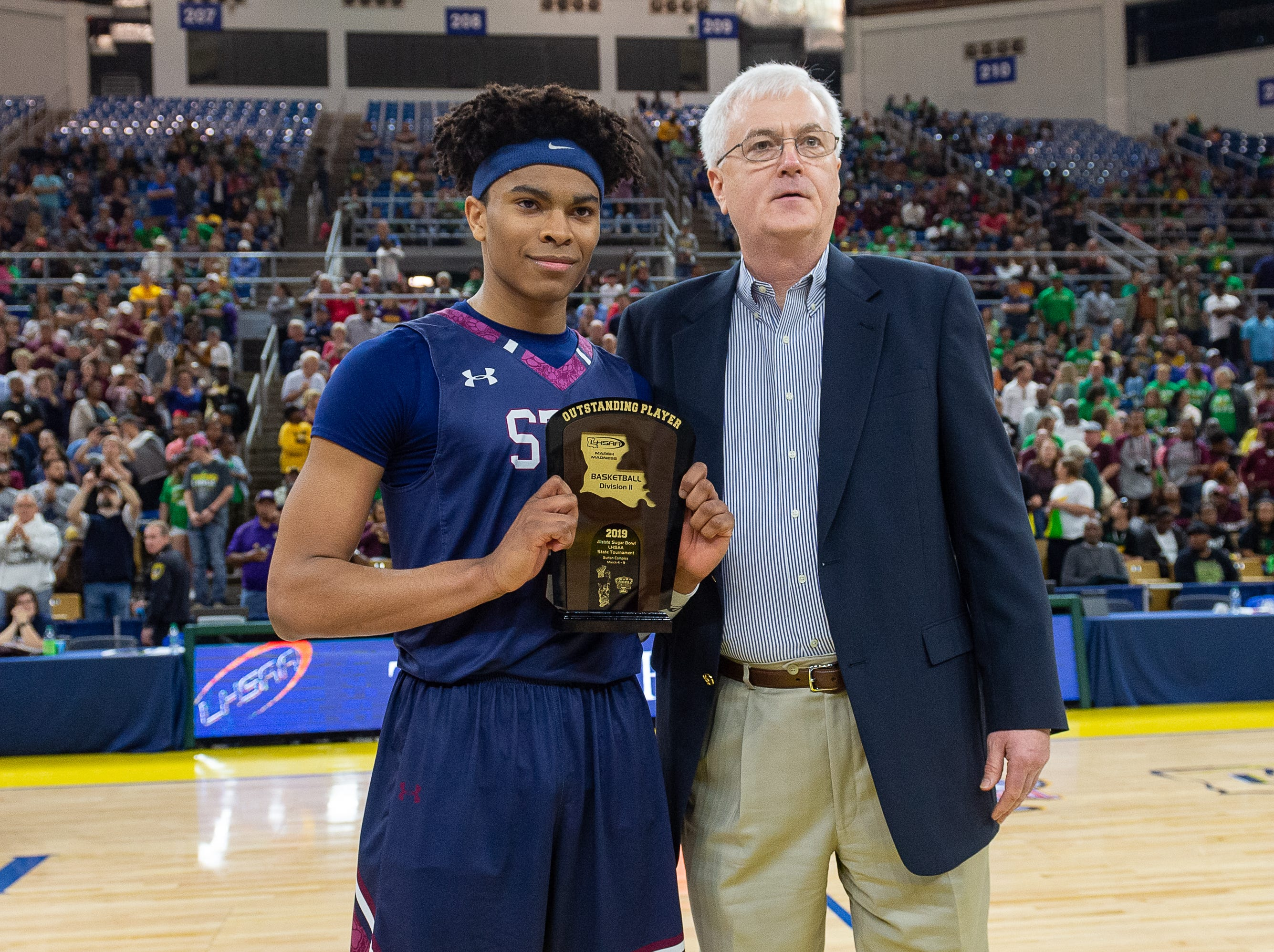 Jaden Shelvin named outstanding player of the game as The STM Cougars beat DeLaSalle in double overtime to win the Allstate Sugar Bowl/LHSAA Boys' Marsh Madness Div II State Championship. Saturday, March 9, 2019.