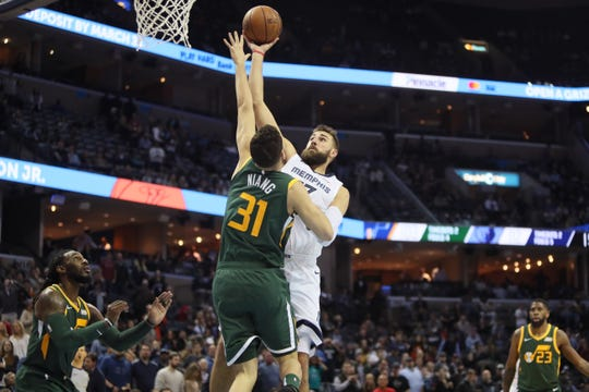 Grizzlies center Jonas Valanciunas has a $17.6 million player option for the 2019-20 season.