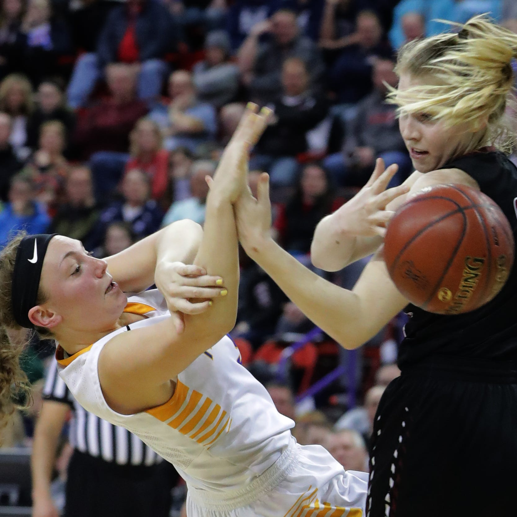 WIAA state girls basketball: Mukwonago upset by Middleton in D1 state semis