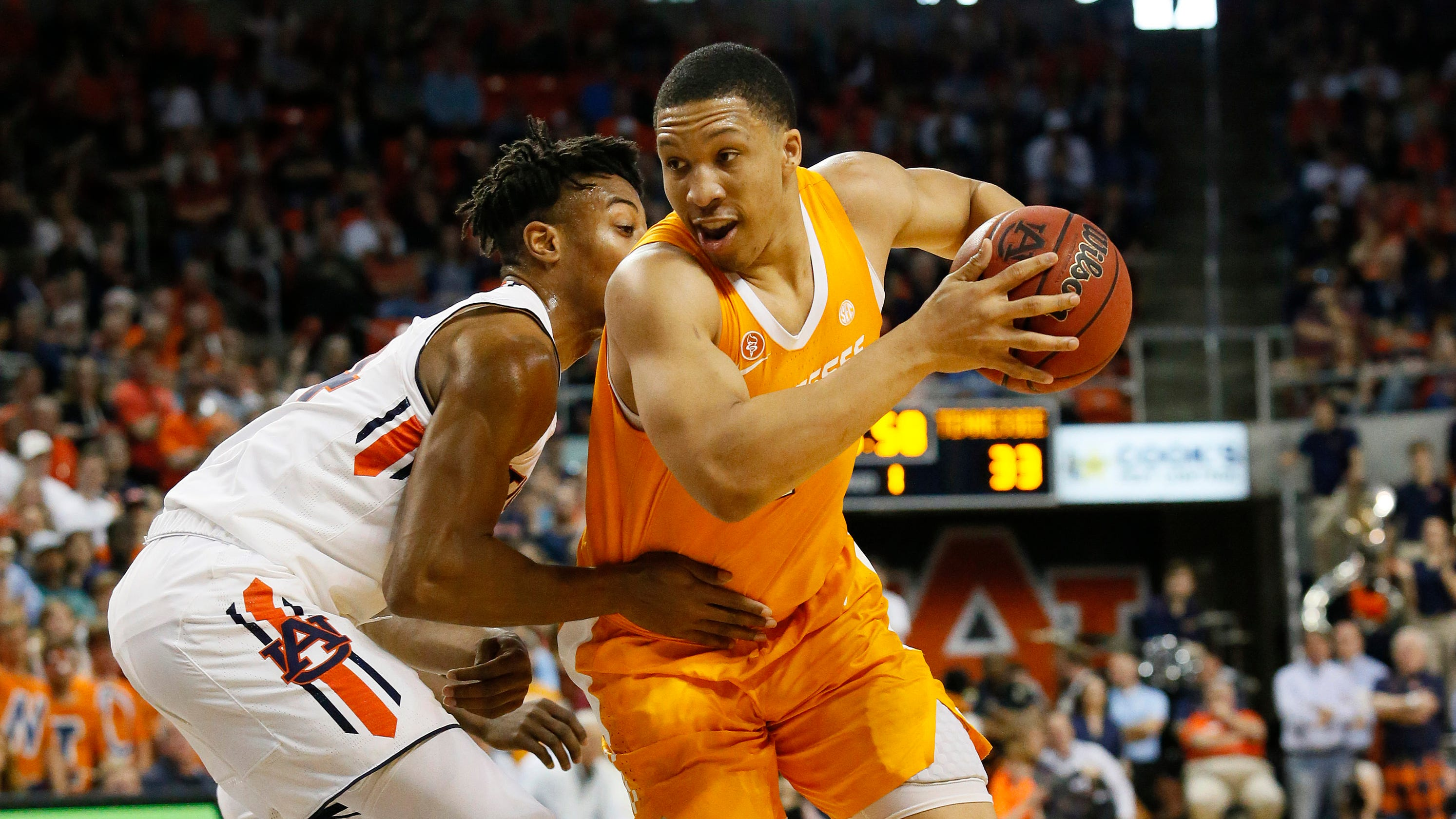 Tennessee Basketball Vols Fall To Auburn Squander Share Of