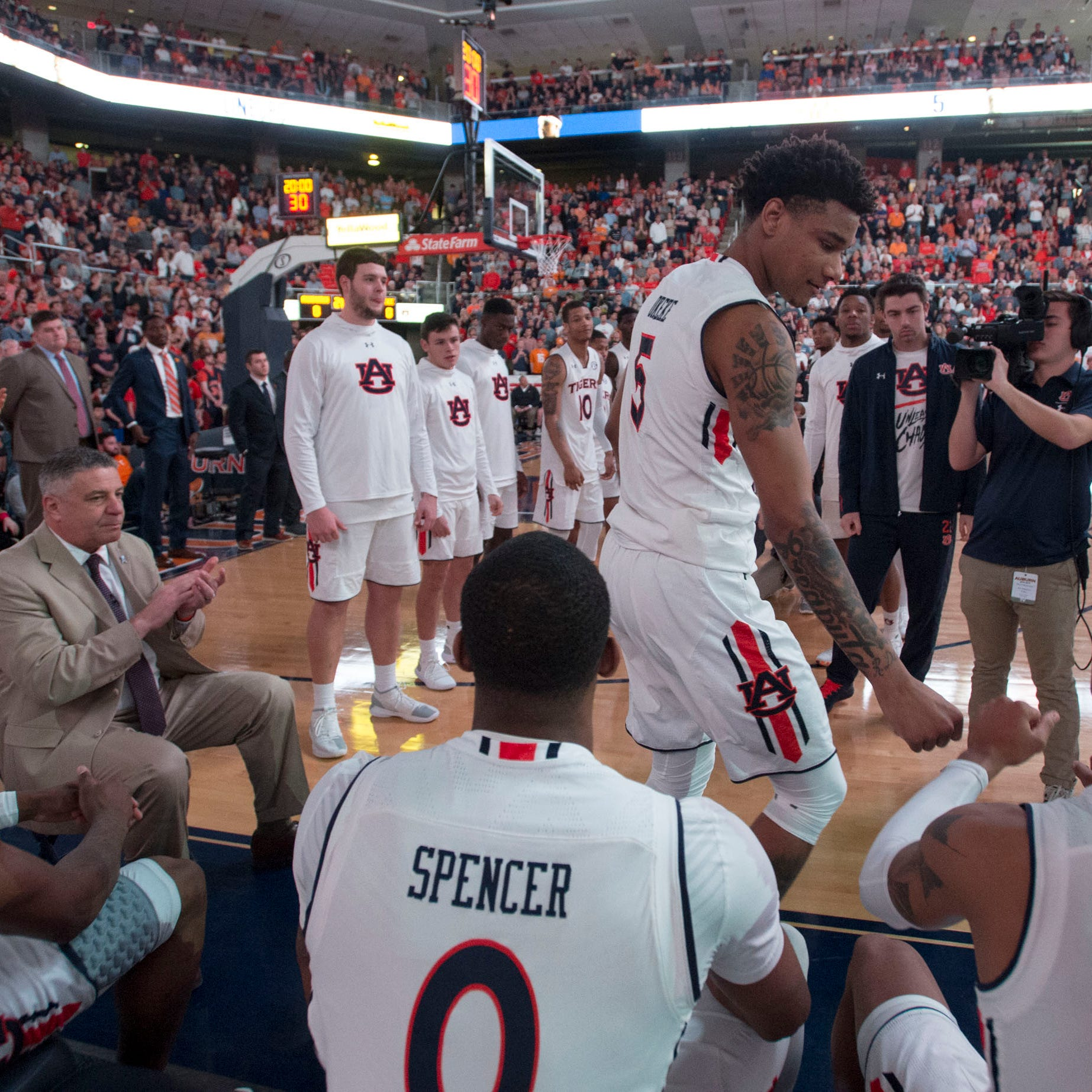 Can Auburn take its show on the road to the SEC Tournament?