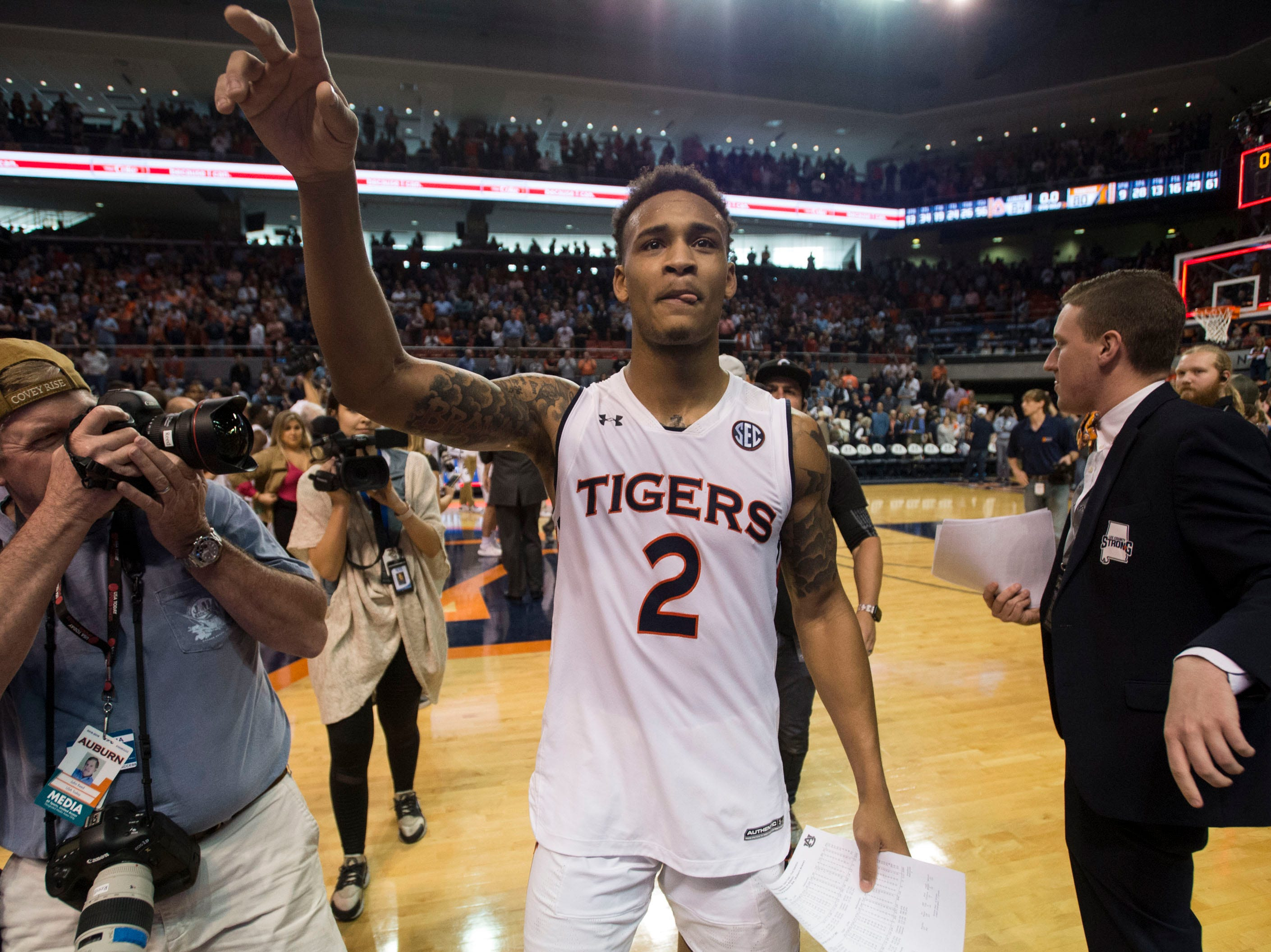 Auburn guard Bryce Brown (2) acknowledges the crowd after the game at Auburn Arena in Auburn, Ala., on Saturday, March 9, 2019. Auburn defeated Tennessee 84-80.