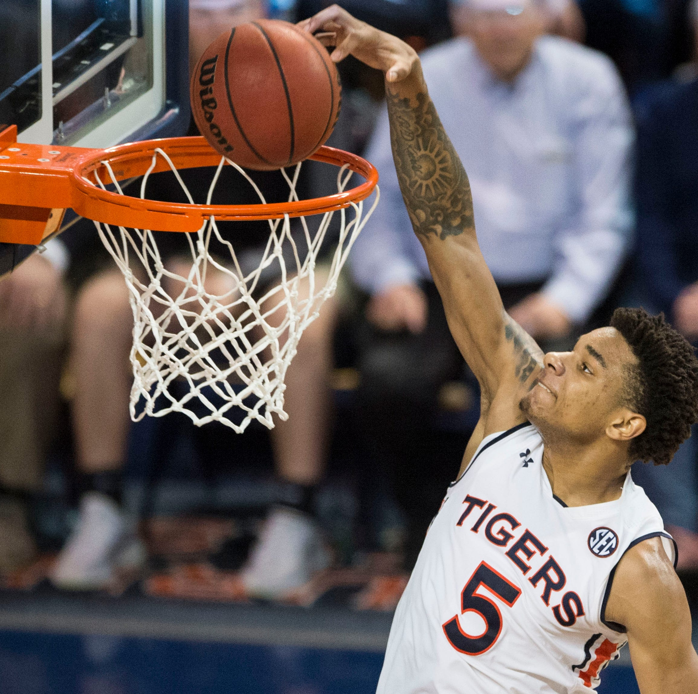 Auburn's Chuma Okeke faces fascinating NBA Draft decision