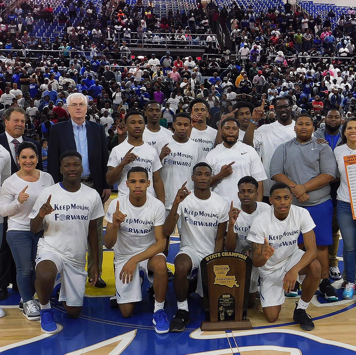 Hurricanes win St. Landry's first boys state title since 1975