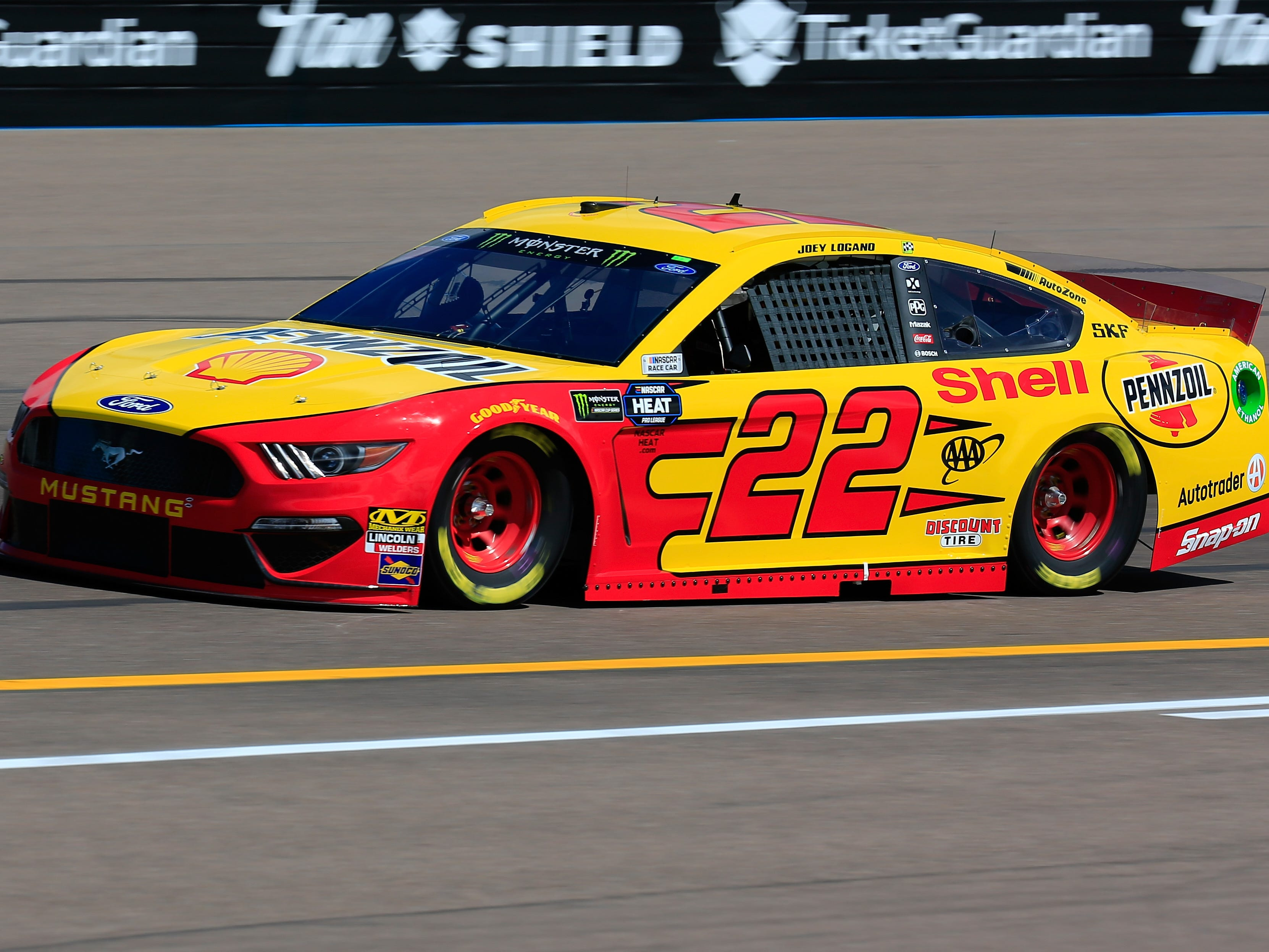 AVONDALE, AZ - MARCH 08: Joey Logano, driver of the #22 Shell Pennzoil Ford, practices for the Monster Energy NASCAR Cup Series TicketGuardian 500 at ISM Raceway on March 8, 2019 in Avondale, Arizona.