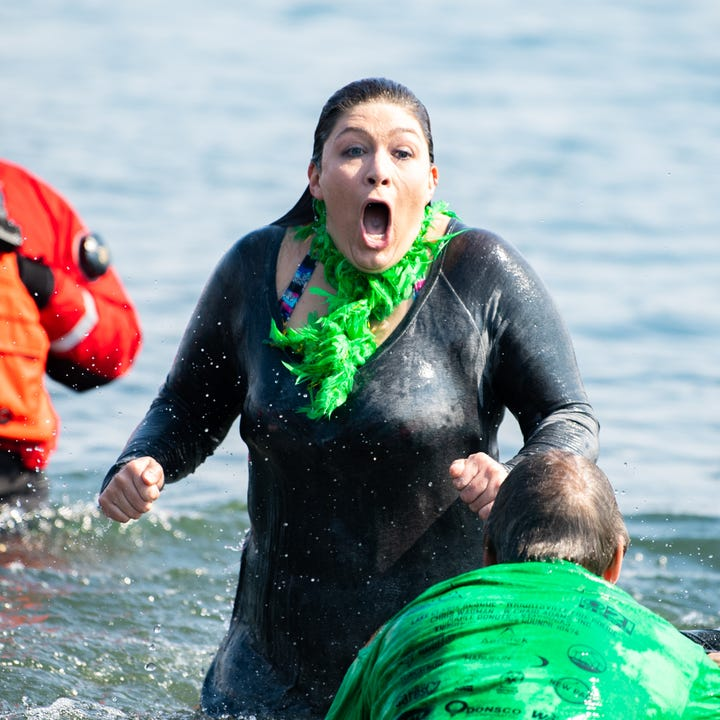 Watch: Yorkers brave the ice cold waters in 2019 Polar Plunge