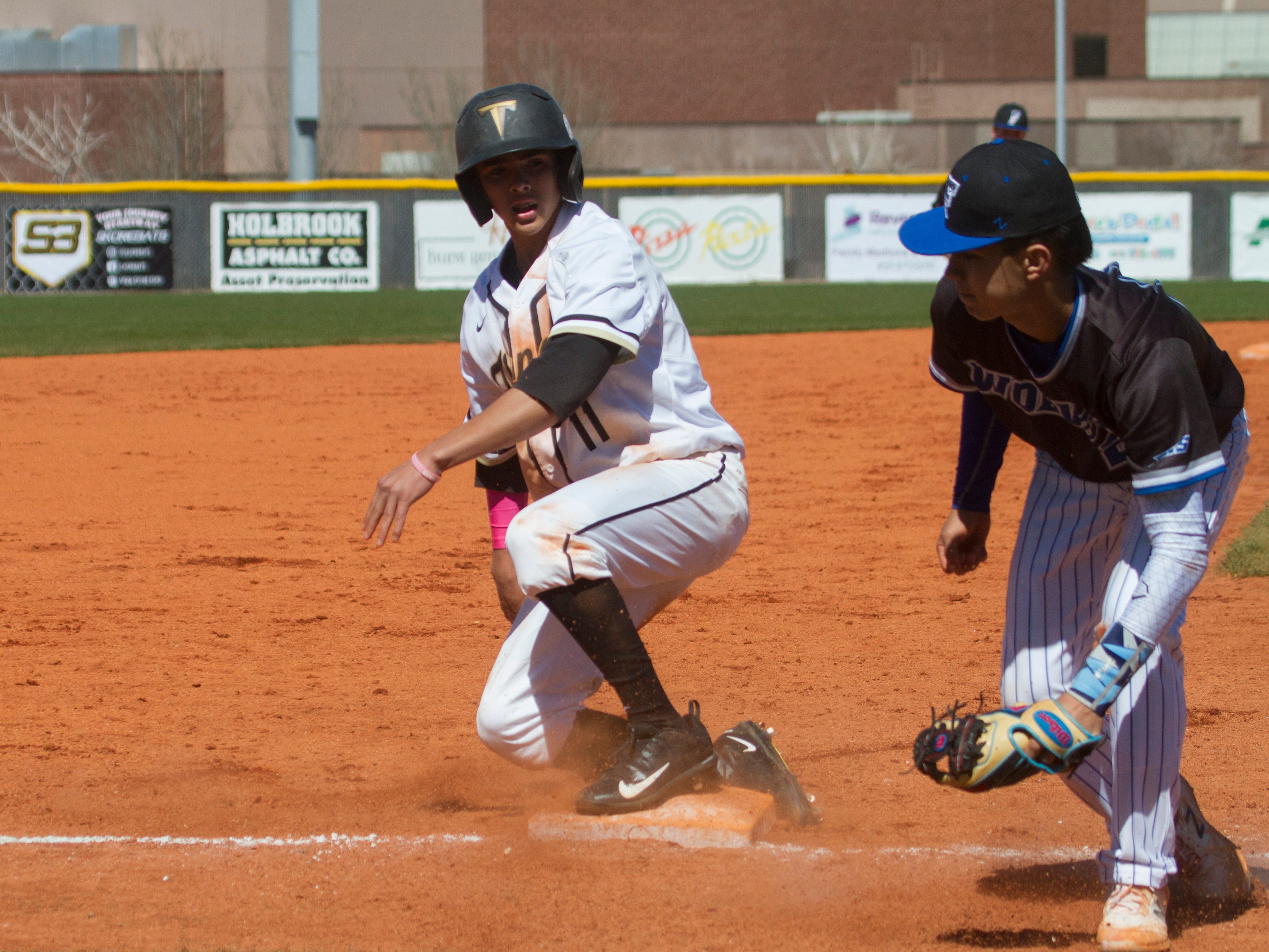 Desert Hills baseball takes on the Fremont Silver Wolves Saturday, March 9, 2019.