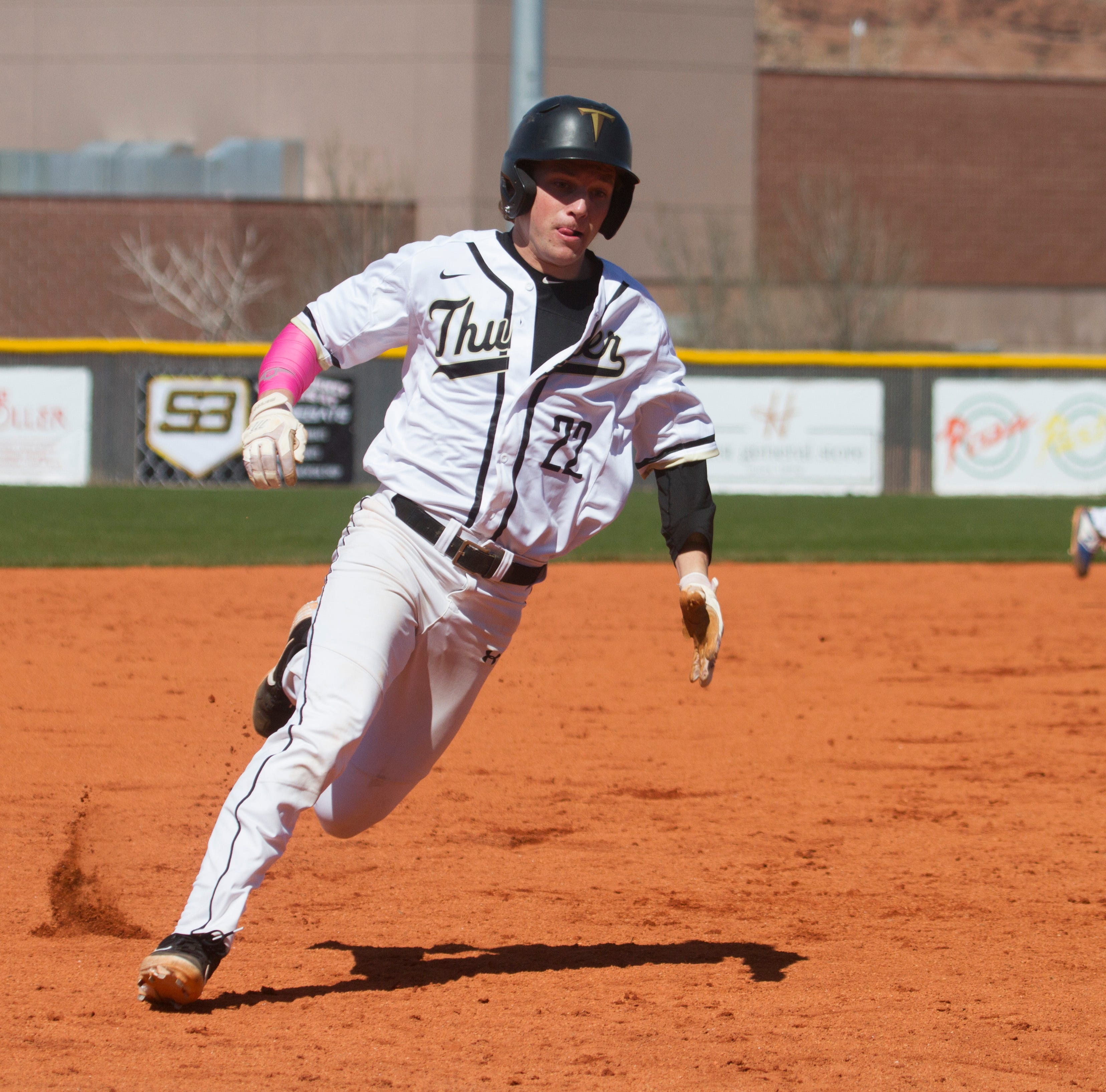 Region 9 baseball: Desert Hills is on a roll as it charges into region play
