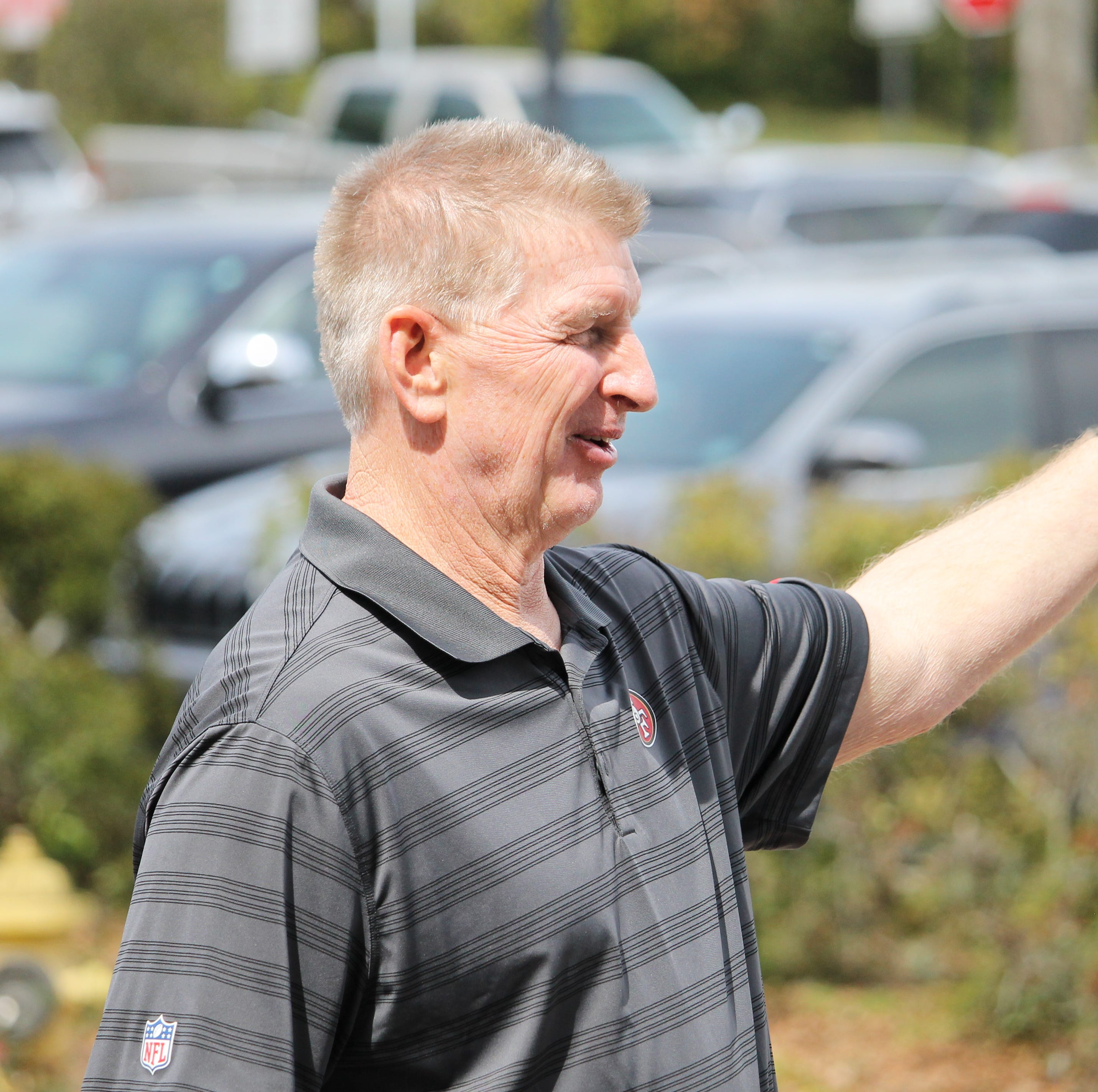 Former Oregon defensive coordinator Jim Leavitt visiting Florida State