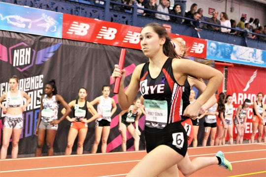 Elena Perez-Segnini runs anchor leg for Rye girls 4x800 EE team at 2019 New Balance Indoor Nationals at The Armory.