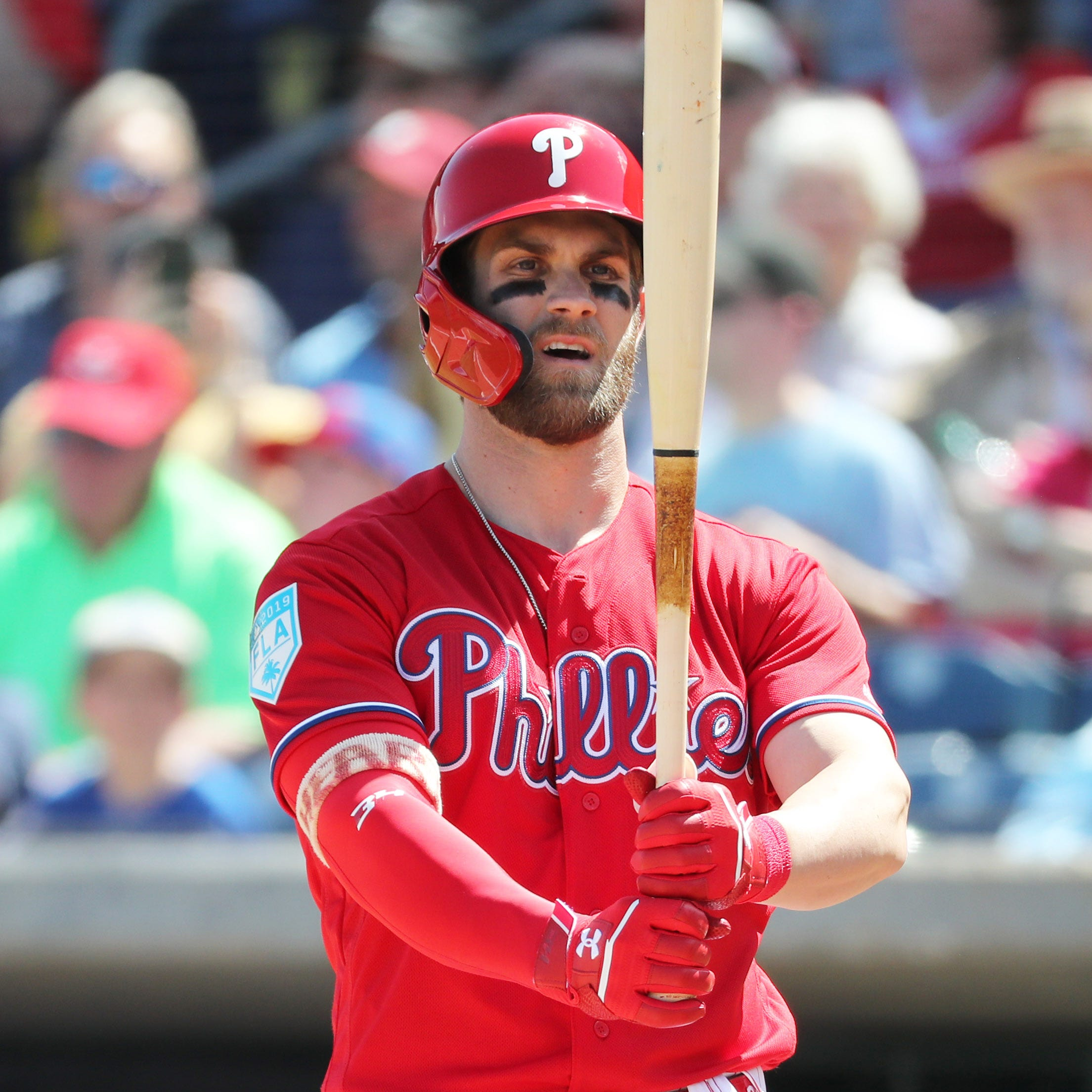 Bryce Harper walks up to 'Fresh Prince' theme song in Phillies debut