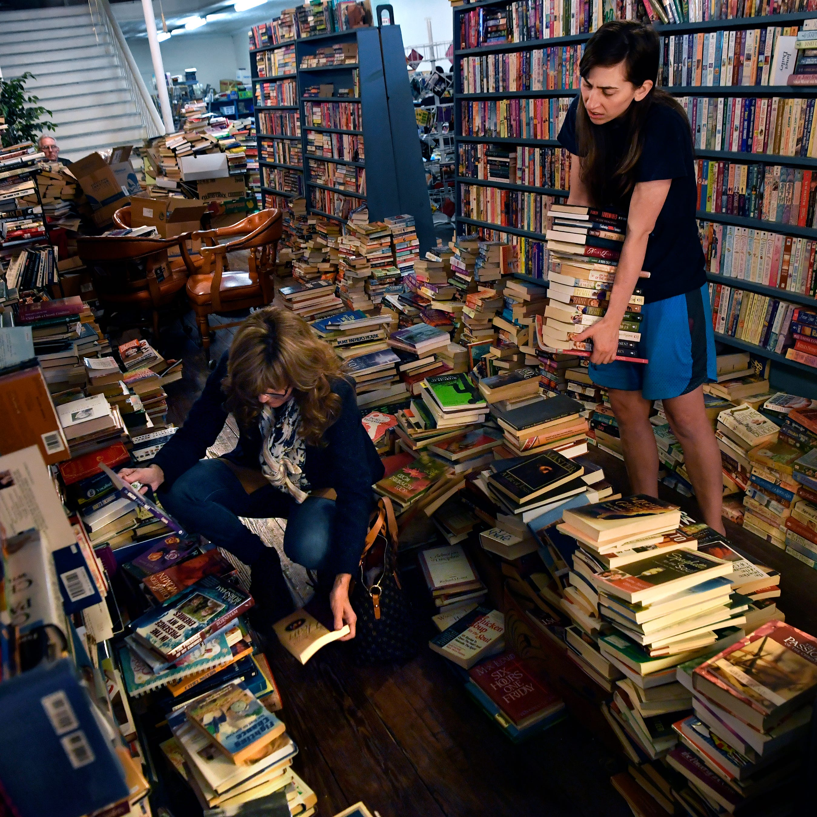 'Junkin' for books': End of chapter for Haskell store