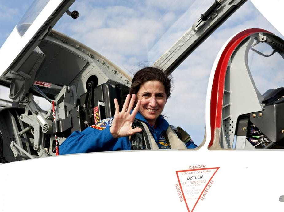 Nicole Stott became the tenth woman to walk in space on Sept. 1, 2009.