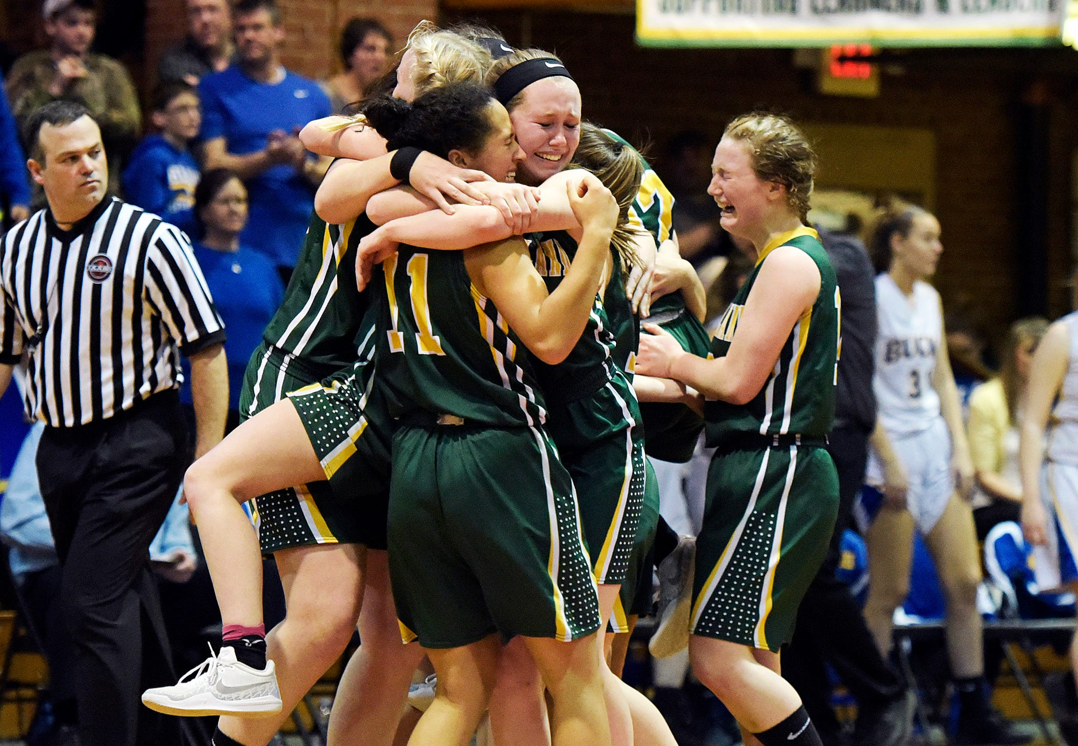No. 3 West Rutland beats top-seeded Blue Mountain 39-33 in the Division IV championship at the Barre Aud on Saturday, March 9, 2019.