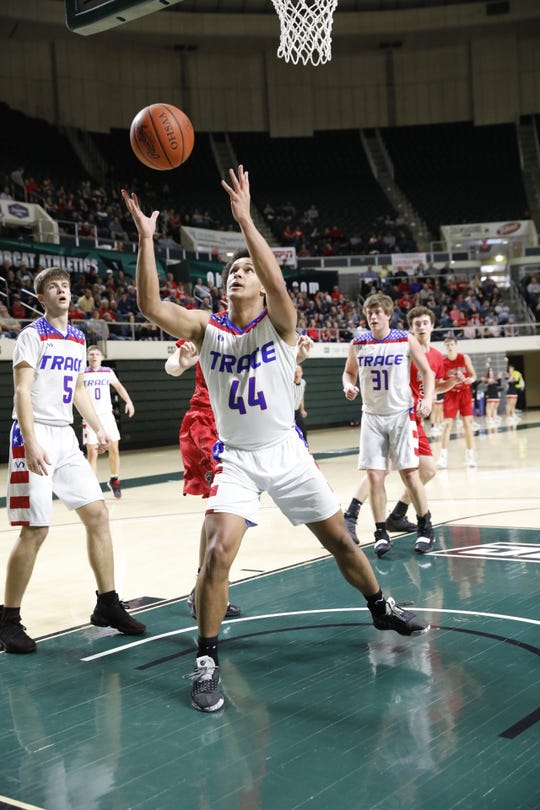 Zane Trace boys basketball won their first district title since 1970 with a 51-45 win over Fairfield Union on Sunday at Ohio University's Convocation Center.