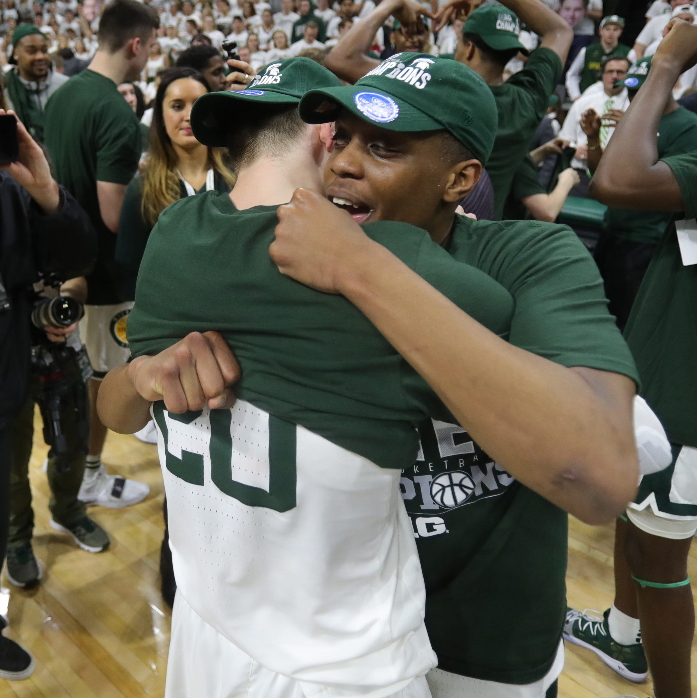 Watch Michigan State's seniors kiss Breslin Center goodbye in style