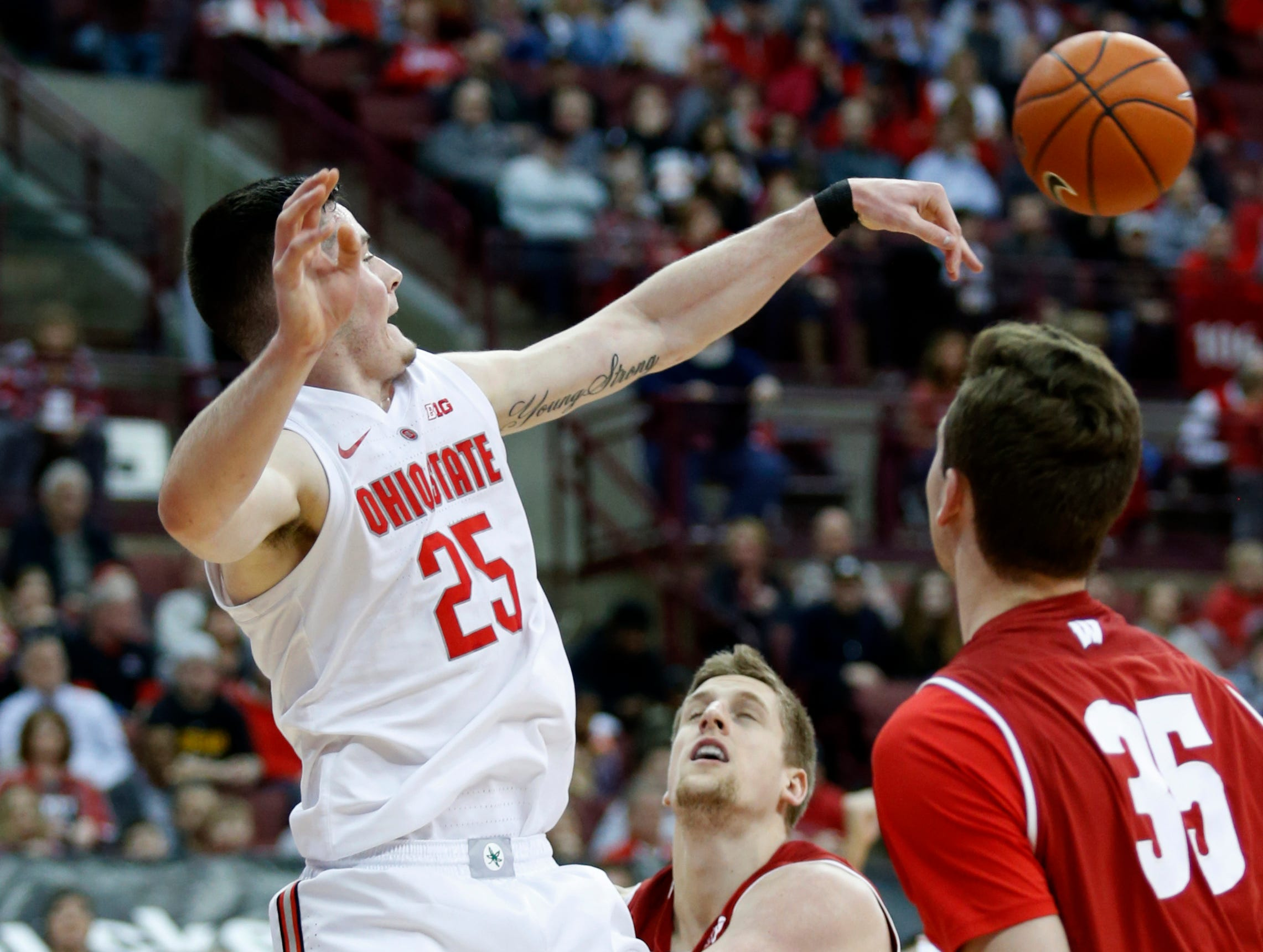 9. Ohio State (18-13, 8-12): The season couldn't have ended much worse for the Buckeyes as they dropped three in a row while Kaleb Wesson sat out serving a suspension. There's no indication if he'll be back for the conference tournament, but if the Buckeyes expect to keep their NCAA Tournament bubble from bursting, they'll likely need a win or two in Chicago. Getting Wesson back would go a long way toward meeting that goal. Last week: 6.