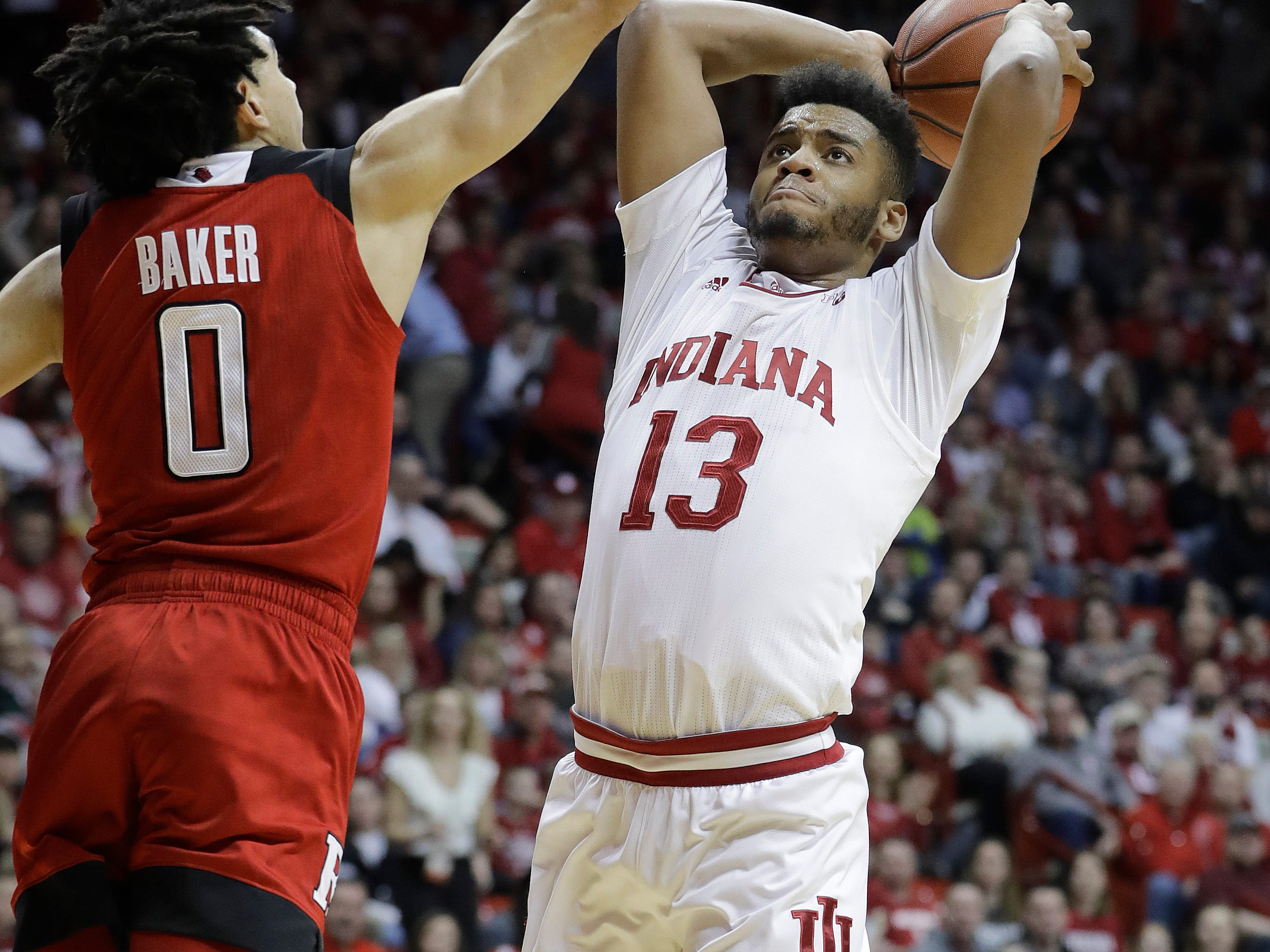 8. Indiana (17-14, 8-12): The Hoosiers have come out of nowhere to put themselves right back in the NCAA Tournament picture, closing the regular season with four consecutive victories, including back-to-back wins over Wisconsin and Michigan State. While they're back in the bubble discussion, the Hoosiers almost certainly have to win at least one game at the conference tournament and likely a couple to earn a spot in the NCAA Tournament. Last week: 10.
