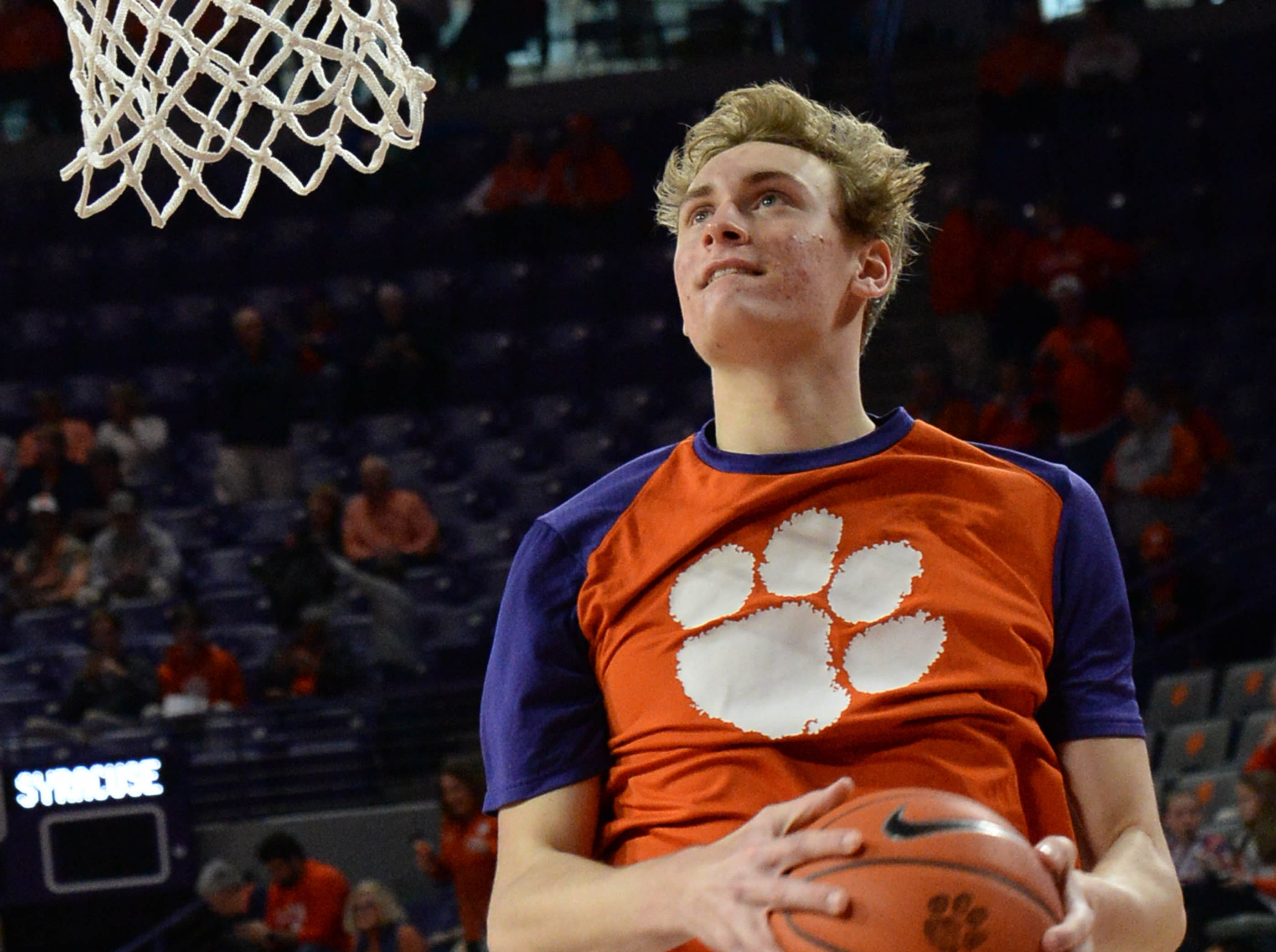 Clemson forward Hunter Tyson(5) warms up before the game against Syracuse Saturday, March 9, 2019.