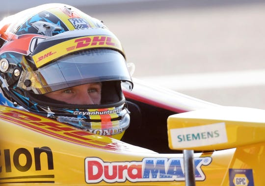 Andretti Autosport driver Ryan Hunter-Reay (28) of United States waits to start the warm up during the IndyCar Firestone Grand Prix of St. Petersburg Sunday, March 10, 2019, in St Petersburg, Fla.