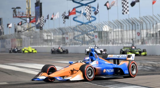 Chip Ganassi Racing driver Scott Dixon (9) of New Zealand drives through turn one during the IndyCar Firestone Grand Prix of St. Petersburg (Fla.) auto race Sunday, March 10, 2019, in St Petersburg, Fla.