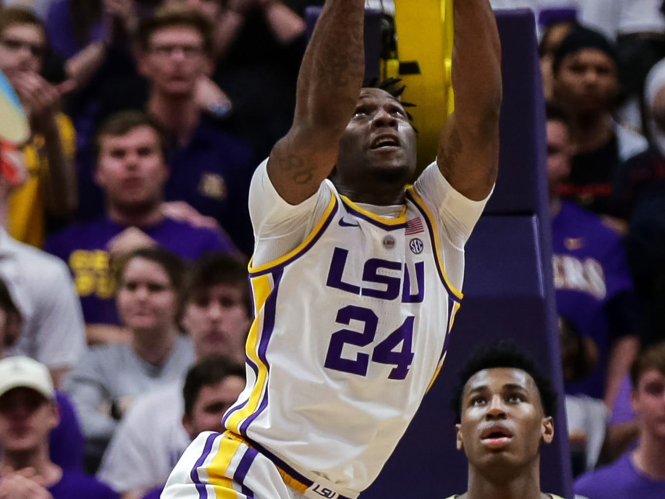 Mar 9, 2019; Baton Rouge, LA, USA; LSU Tigers forward Emmitt Williams (24) misses a dunk against Vanderbilt Commodores in the first half at Maravich Assembly Center. Mandatory Credit: Stephen Lew-USA TODAY Sports