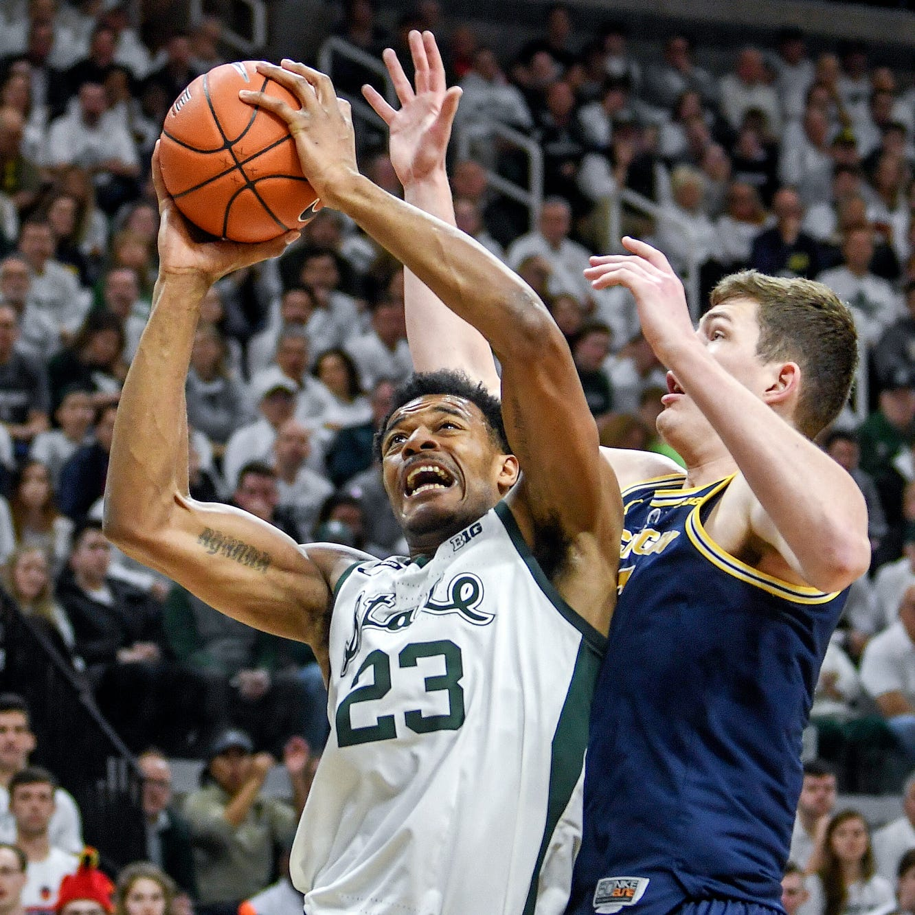 Michigan State vs. Michigan men's basketball video highlights, MSU seniors kiss the court