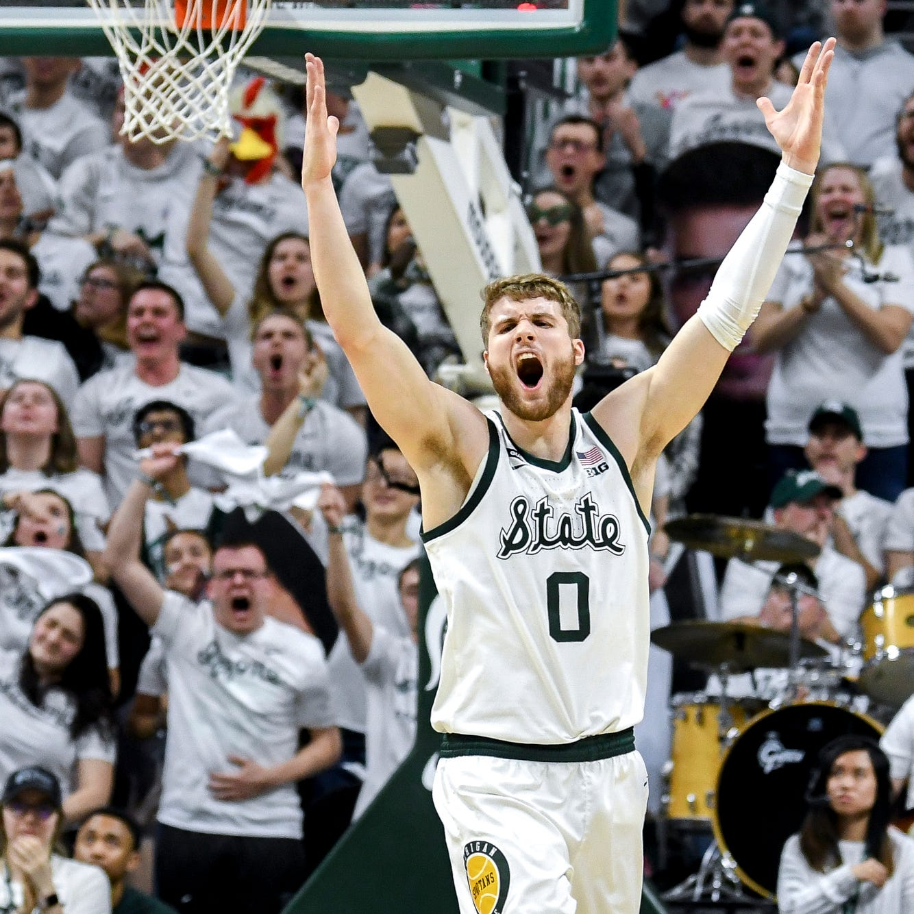 Michigan State's Kyle Ahrens emblematic of Spartans' season so far: Banged-up and emotional