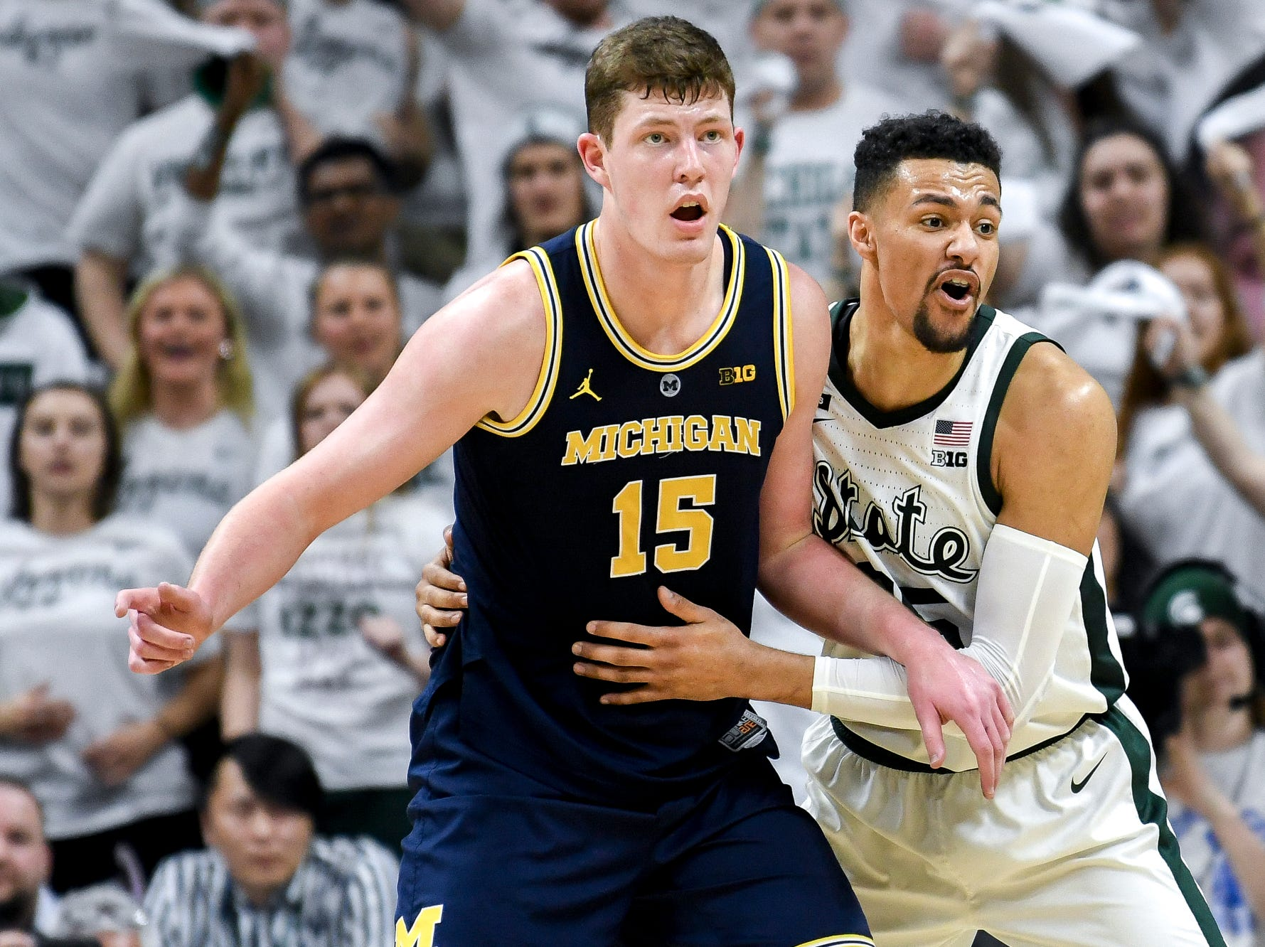 Michigan State's Kenny Goins, right, guards Michigan's Jon Teske during the second half on Saturday, March 9, 2019, at the Breslin Center in East Lansing.