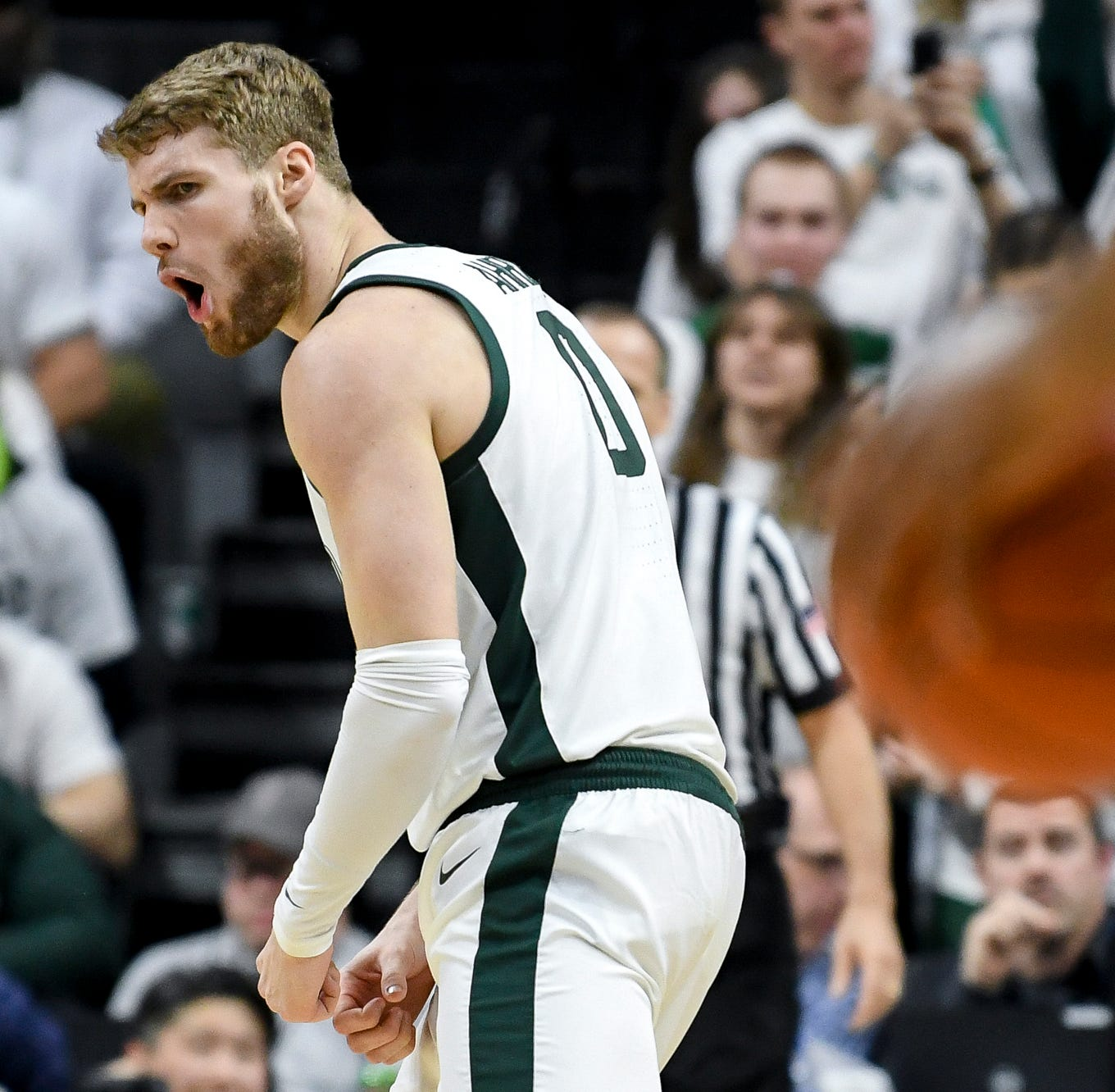 Couch: 3 quick takes on Michigan State's Big Ten title-clinching win over Michigan