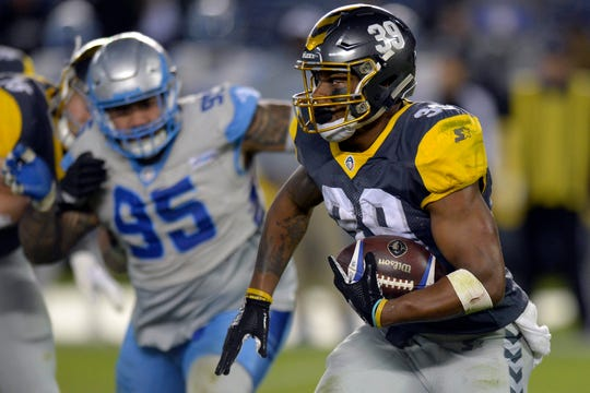 San Diego Fleet runningback Terrell Watson (39) runs during the fourth quarter against the Salt Lake Stallions at SDCCU Stadium.