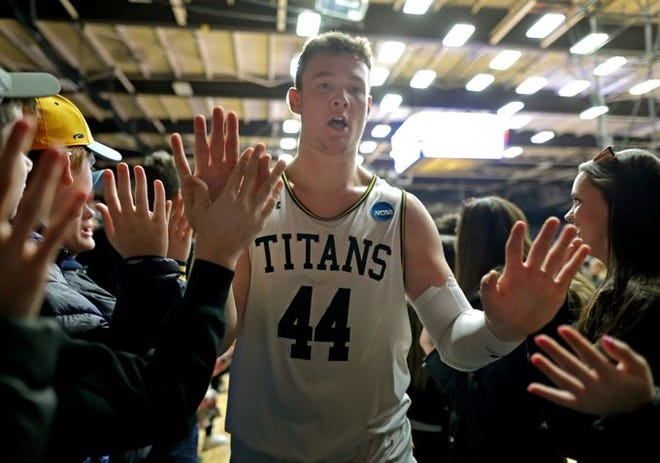 Jack Flynn (shown in an earlier game) had 14 points and 10 rebounds to help UW-Oshkosh earn a Final Four berth.