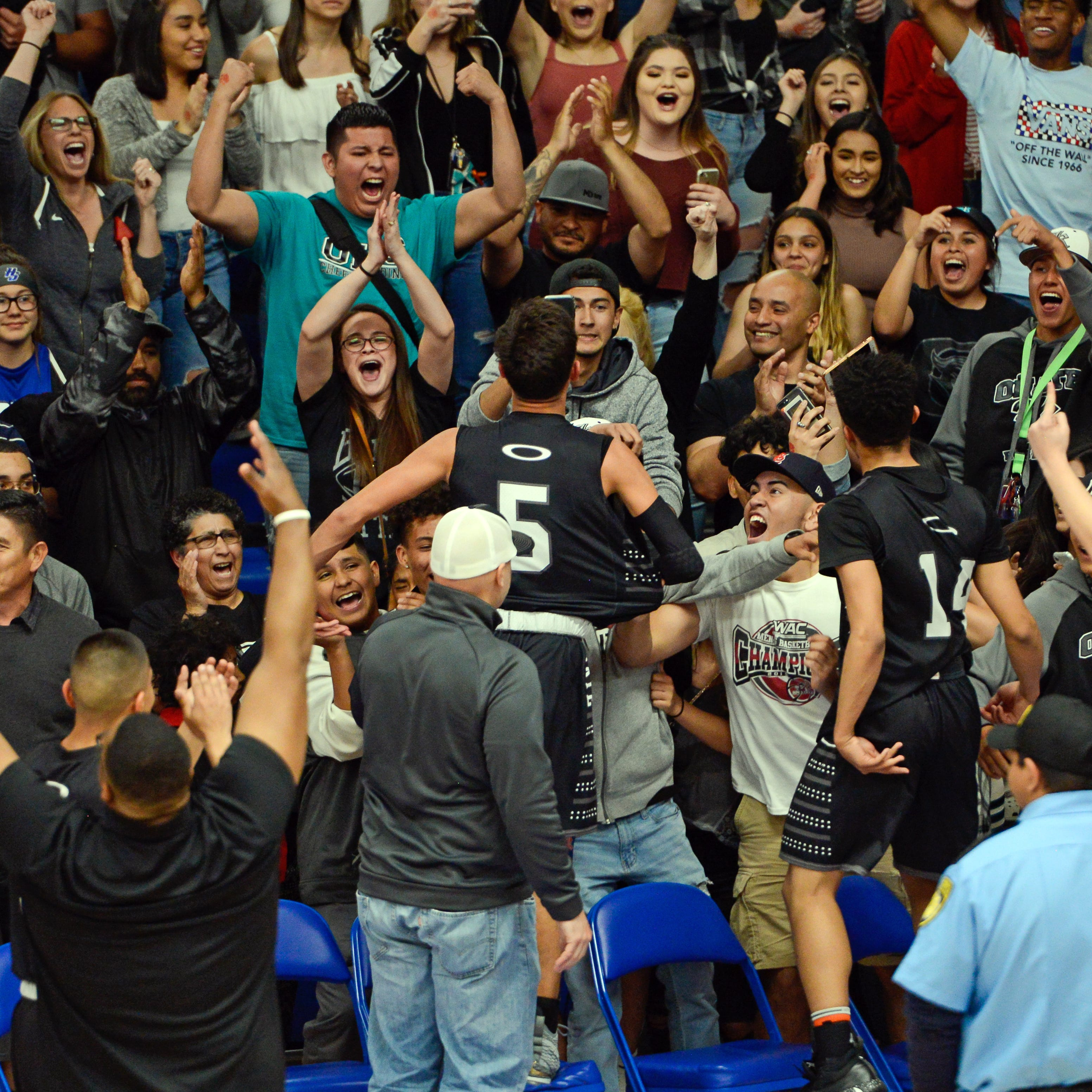 Oñate upsets No. 2 Las Cruces in Class 5A first-round