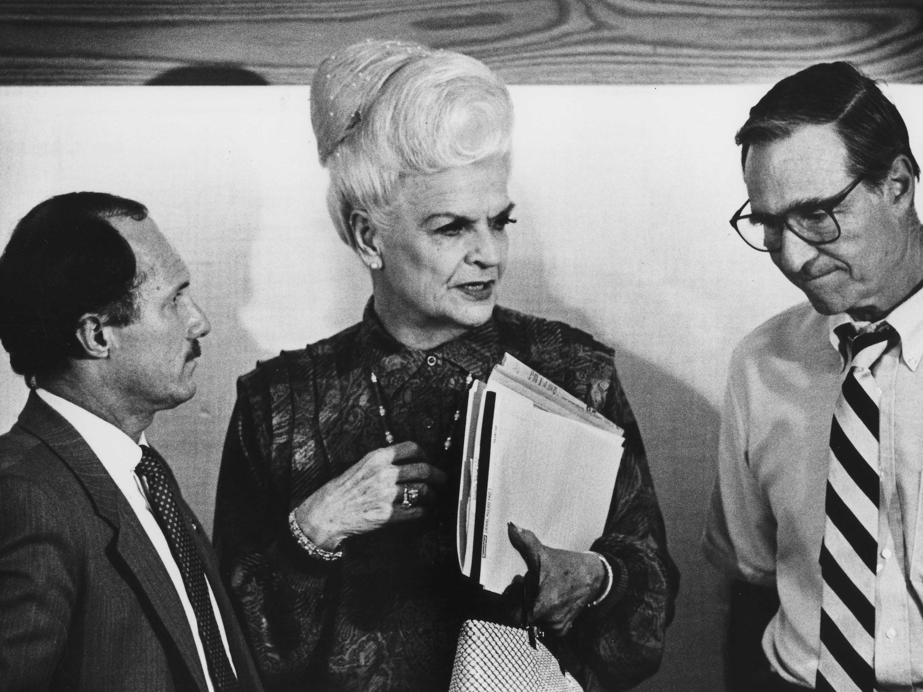 Arizona Governor Rose Mofford, AZSSC Project Coordinator Ian MacPherson  and AZSSC task force Chairman, Karl Eller, gathered before the general meeting for the Superconducting Super Collider Task Force in August 1988.