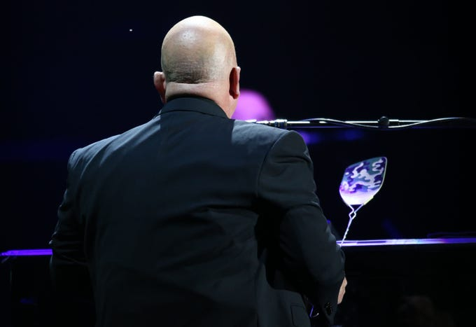 Billy Joel Treats Phoenix To A Night Of Big Hits At The