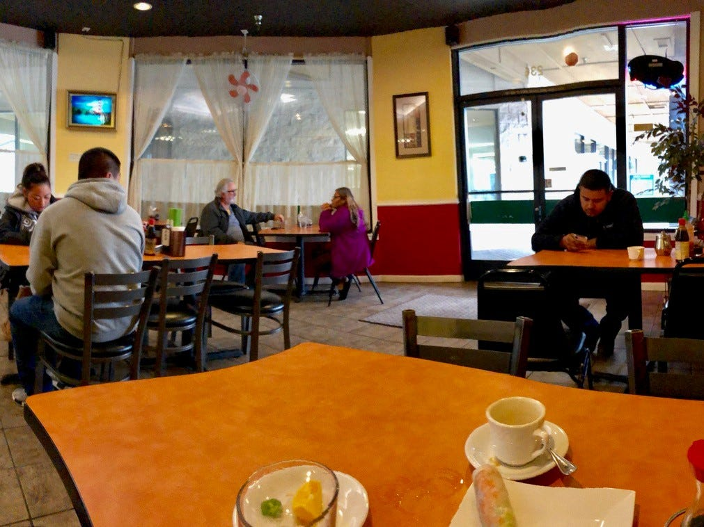 Pho Saigon at lunchtime, before the noon rush.