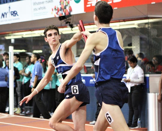 Matt Rizzo takes baton from twin brother, Alex, during Bronxville's national-champion SMR at 2019 New Balance Indoor Nationals.
