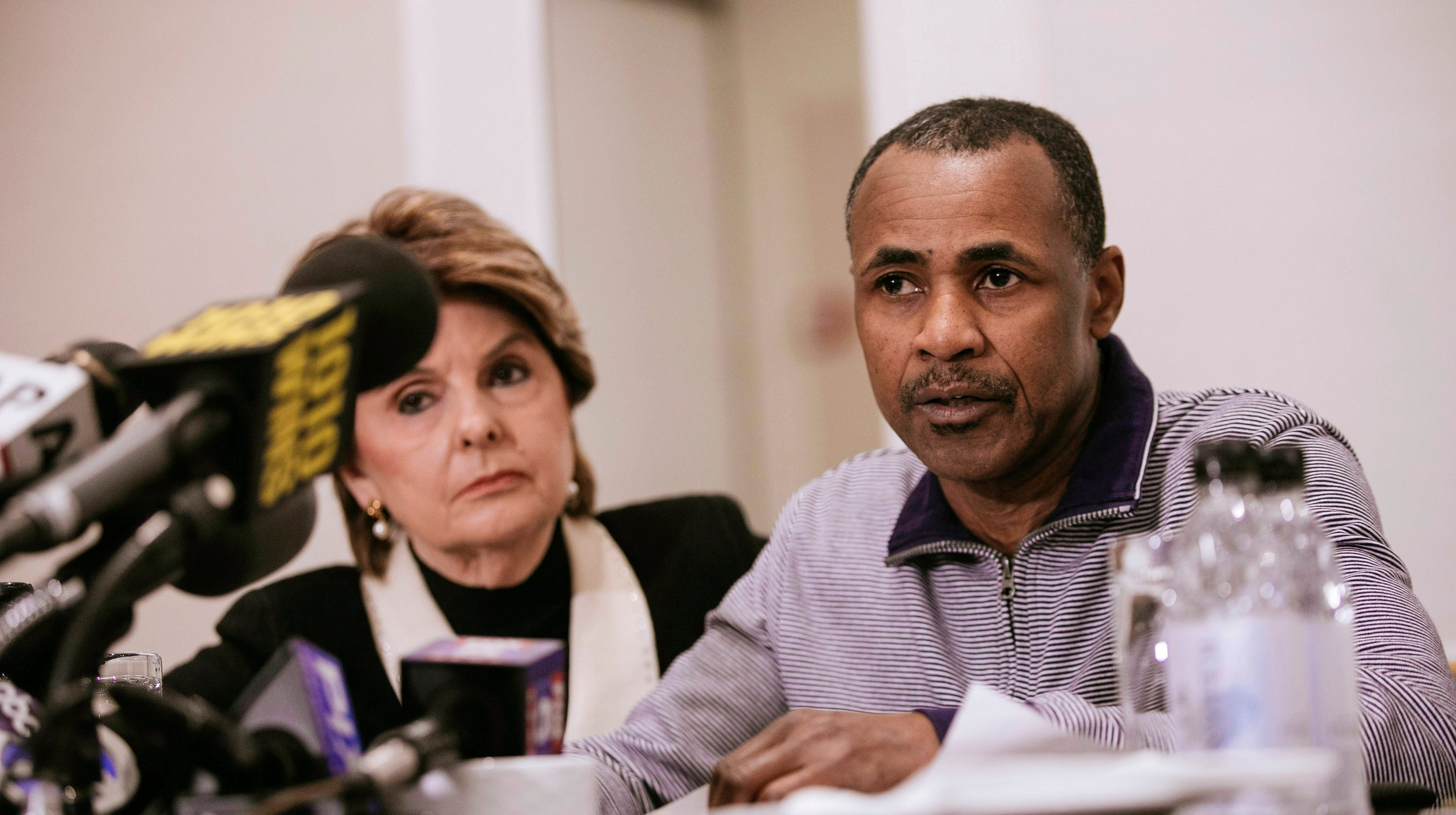 R  Kelly: Gloria Allred says she has what appears to be