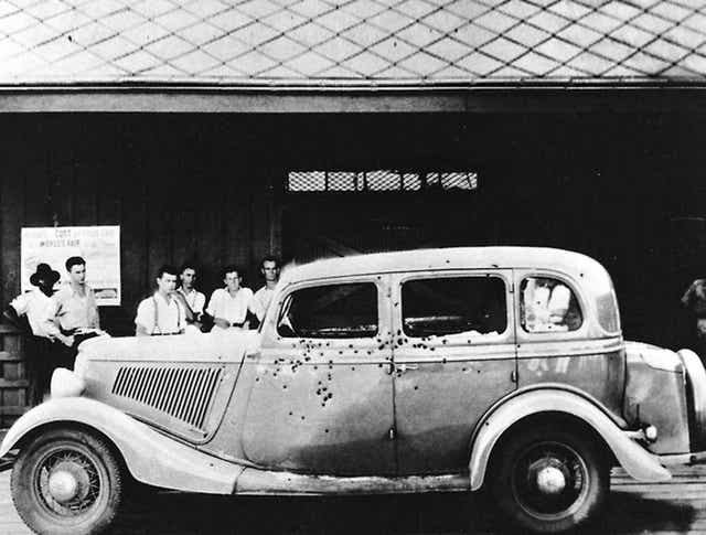 Bonnie clyde killed and Relatives Fight