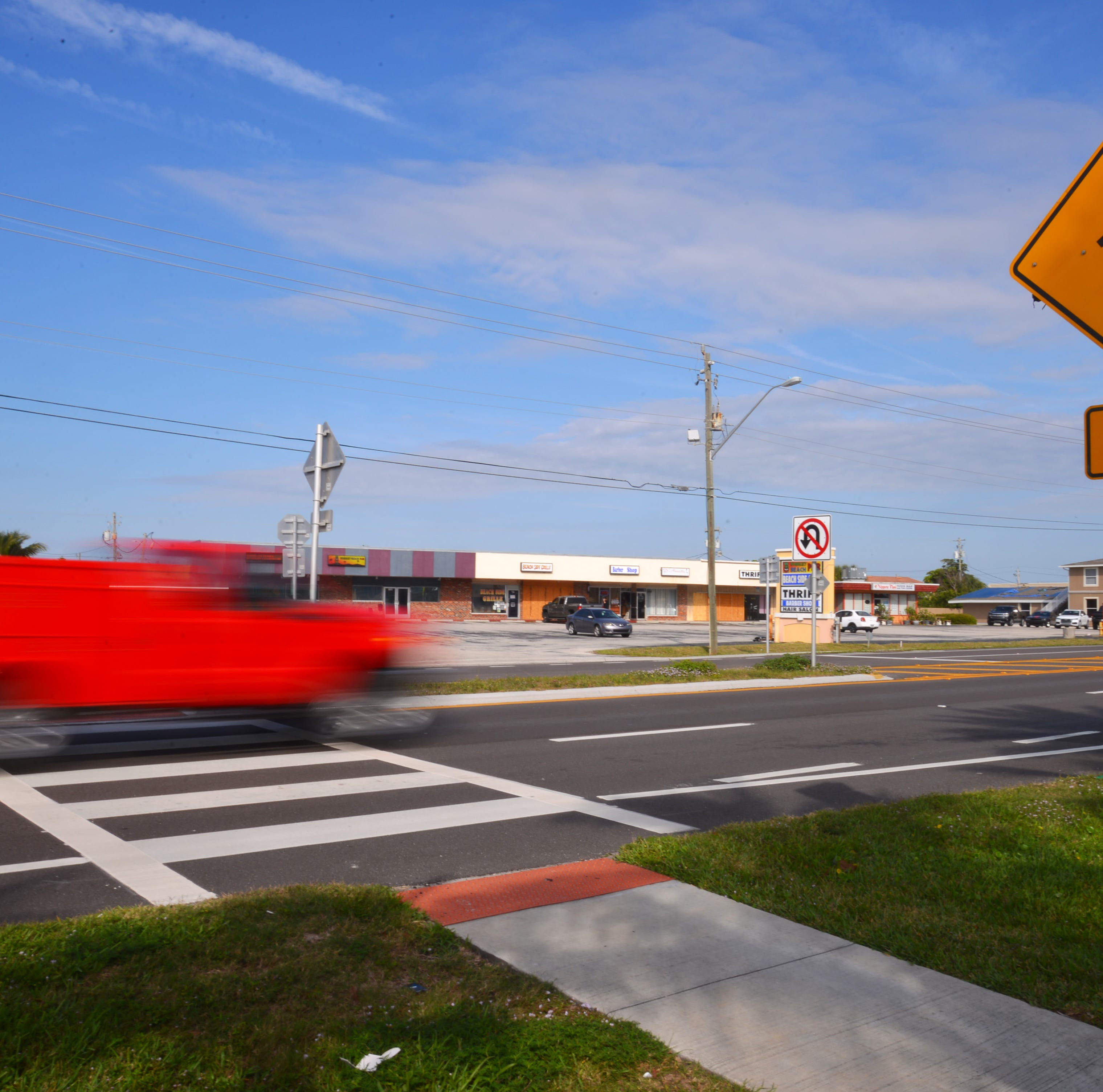 Crosswalk flashing beacons criticized by Brevard officials; 18 to be installed along A1A