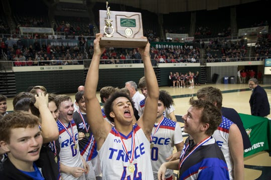 Chillicothe's Zane Trace defeated Lancaster's Fairfield Union 51-45 in a Division II district final game at Ohio University's Convocation Center in Athens, Ohio, on March 10, 2019.