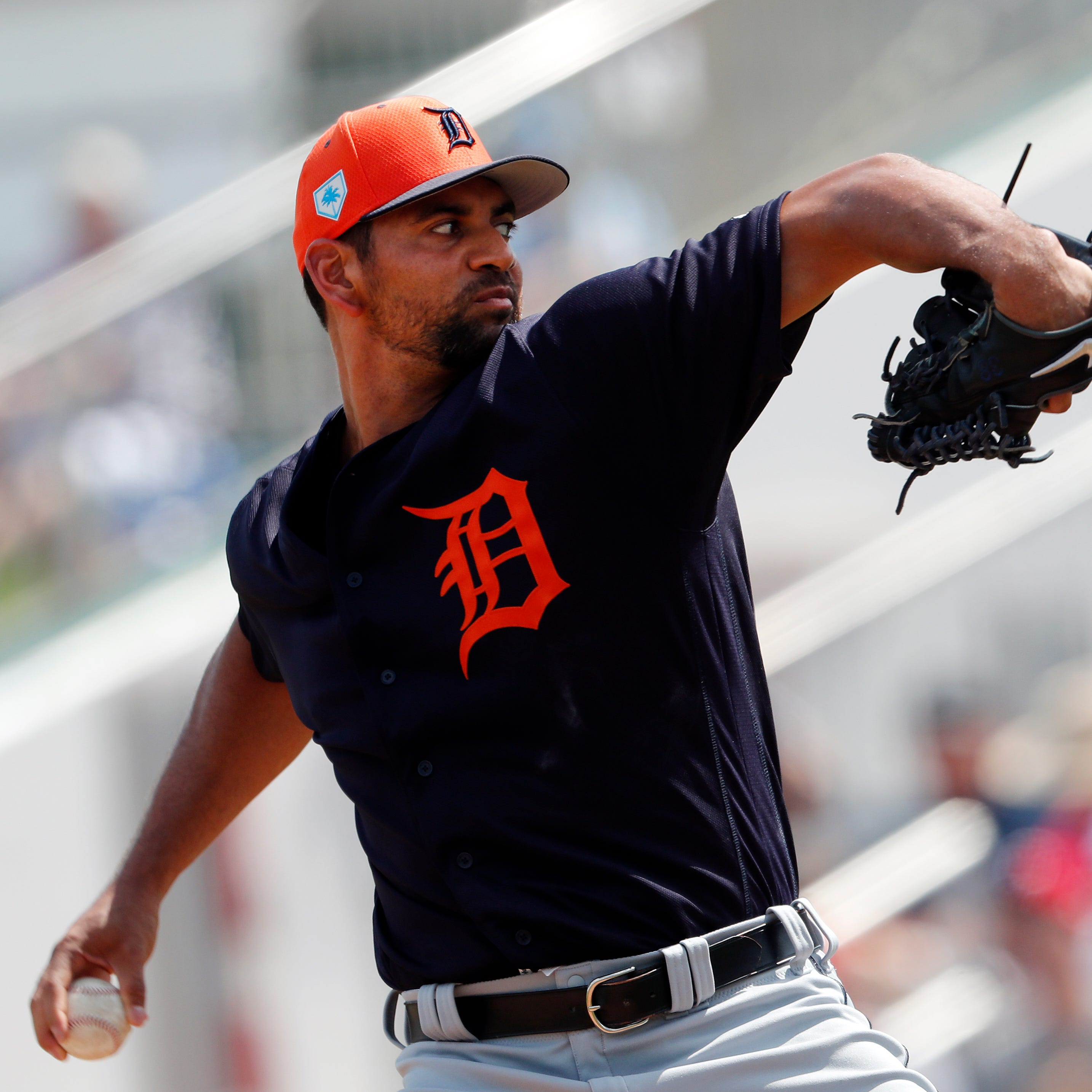 Tigers get some wizardry by Miguel Cabrera, Tyson Ross in spring win over Twins