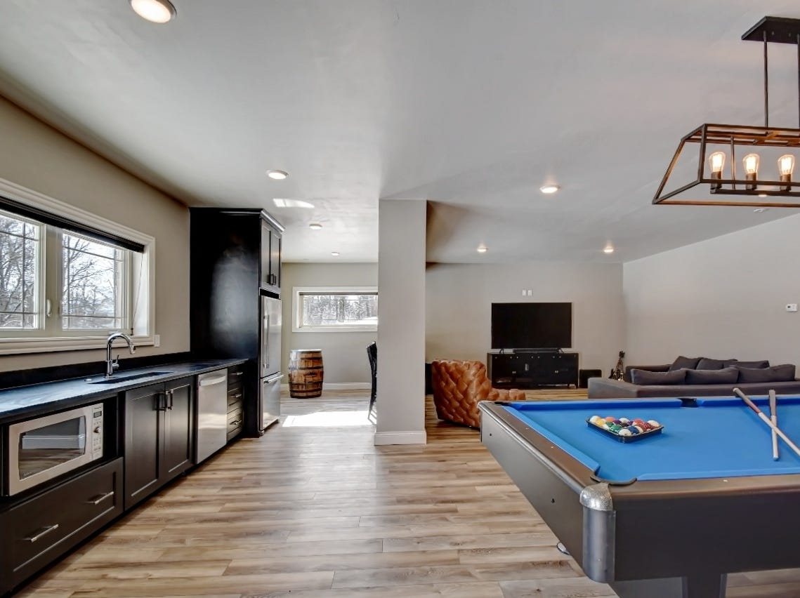 Former Green Bay Packers running back Ty Montgomery is selling this five-bedroom house on Rockwell Court in Howard.