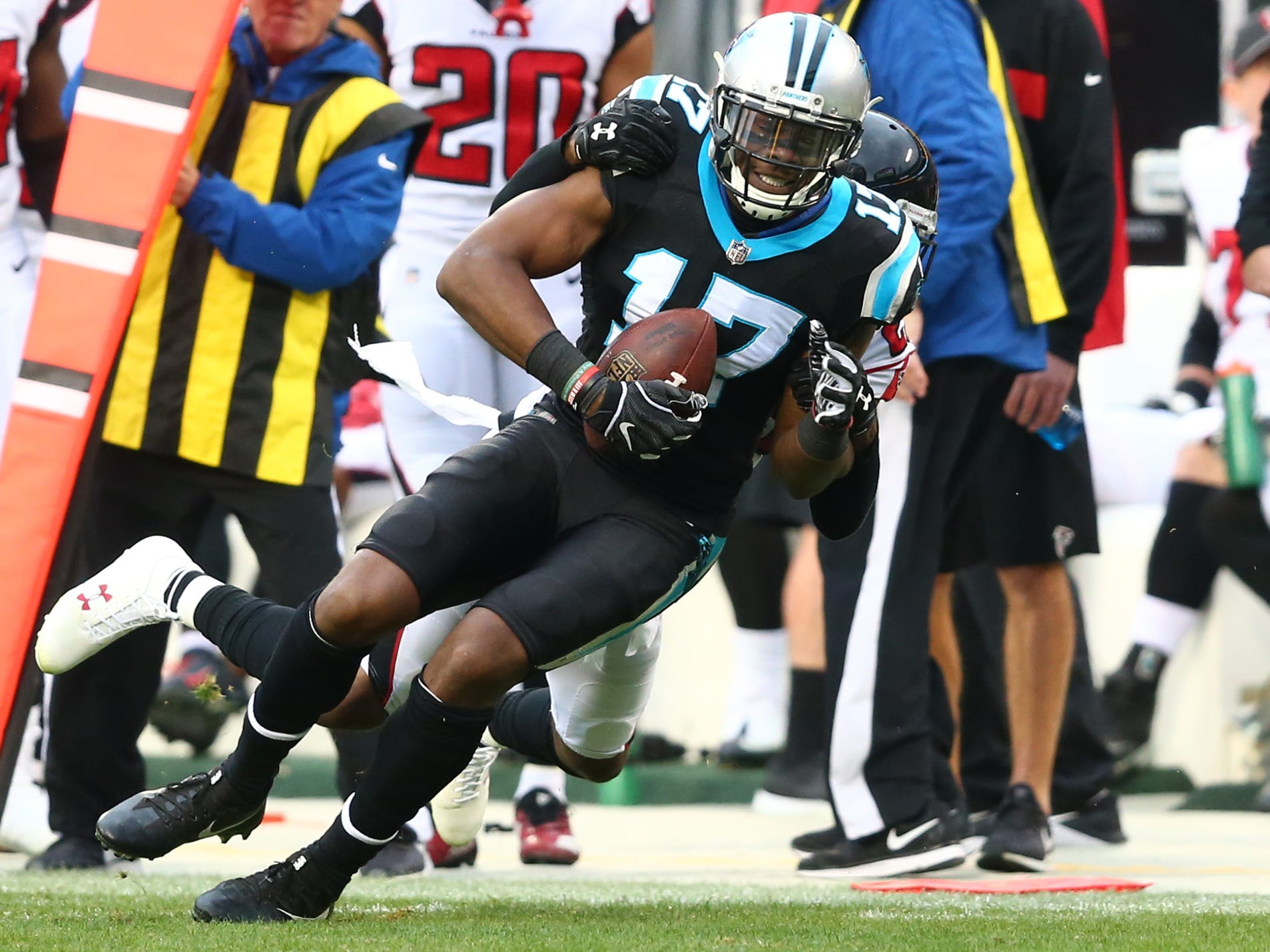 Cap-rich Colts open their free agency spending with WR Devin Funchess