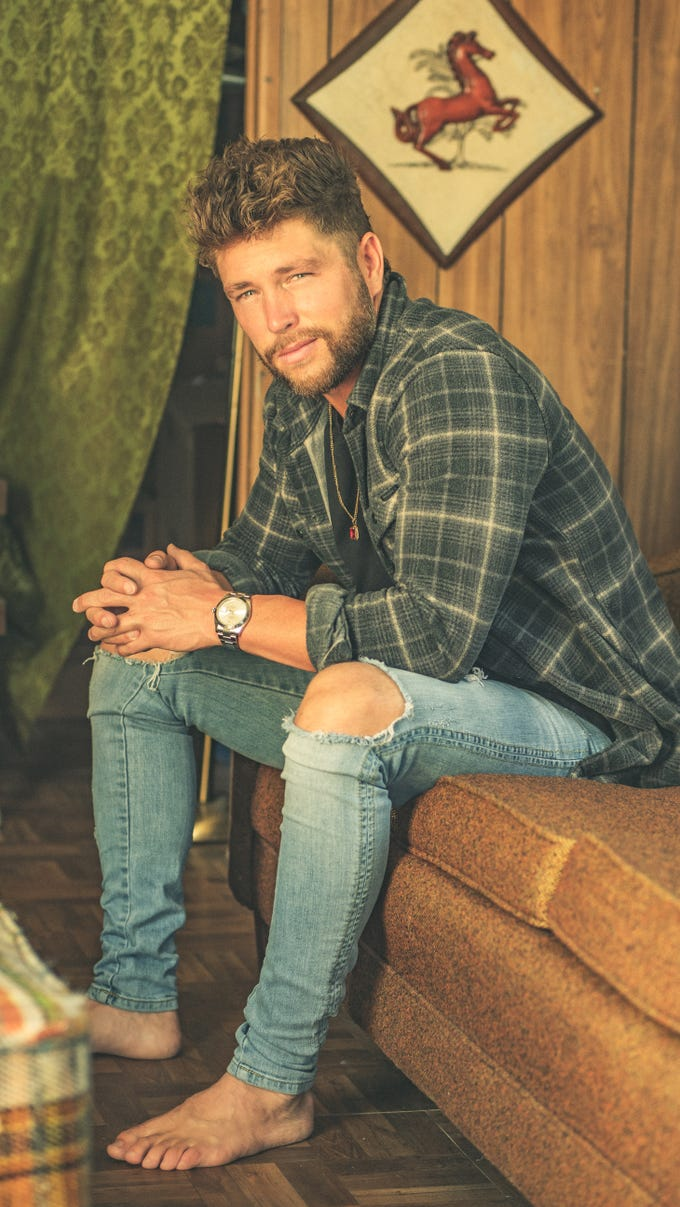 Belterra Casino Resort Concert presents   Chris Lane Friday, April 26,2019 at Kentucky Derby Festival's Waterfront Jam part of Kroger's Fest-a-Ville.
