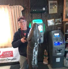 Manitowoc County sturgeon spearers get 3 fish during Lake Winnebago season | Outdoors news