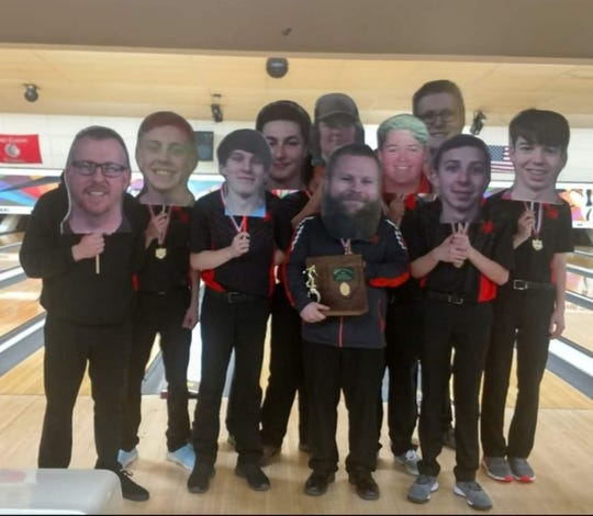 The Ashland Arrows having some fun in front of the camera before departing for the state bowling tournament this past weekend.