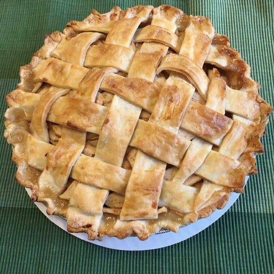 Boro Town Cakes in downtown Murfreesboro serves apple pie.