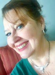 Donna Hartley Lucas