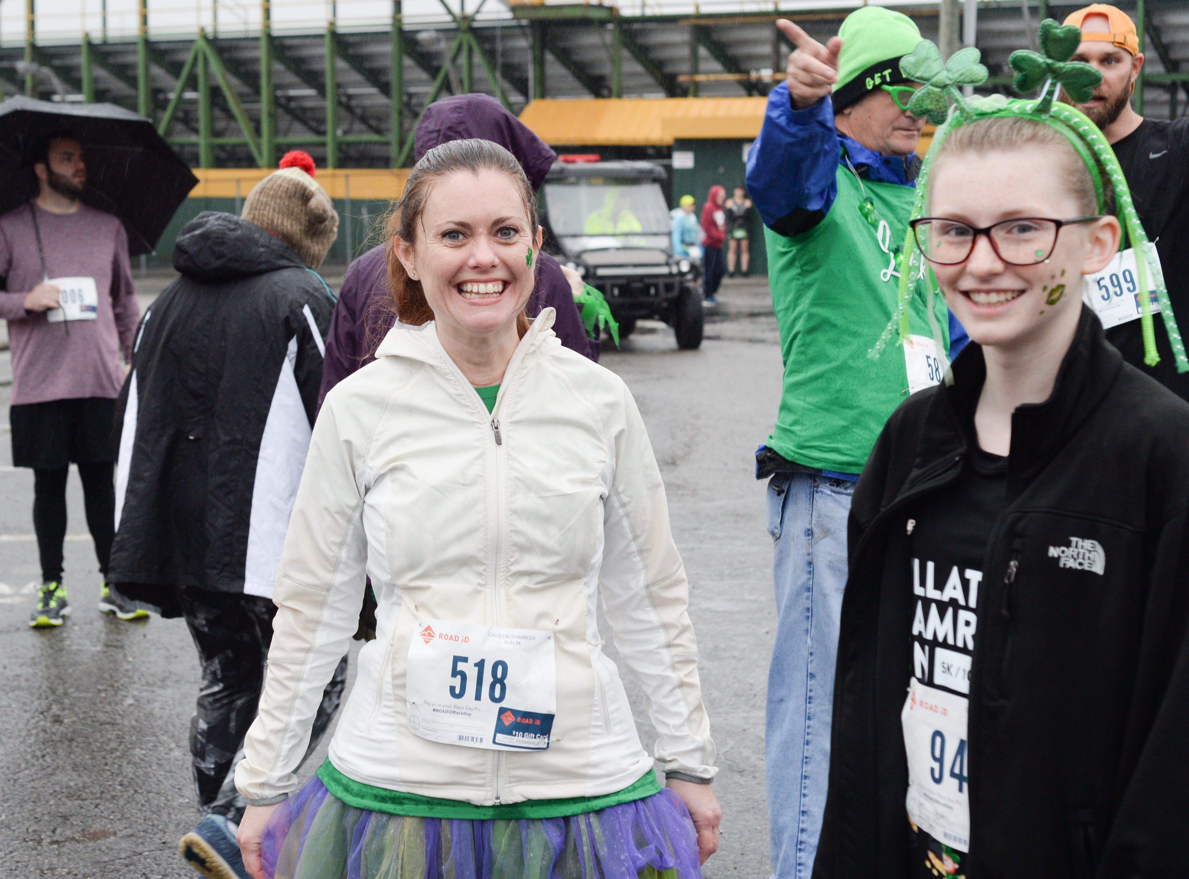 Shana Blankenship (left) has fun just before the Gallatin Shamrock Run on Saturday, March 9. Proceeds from the event are used to fund grants through the Gallatin Chamber Foundation for innovative educational programs for students K-12 in the city of Gallatin.